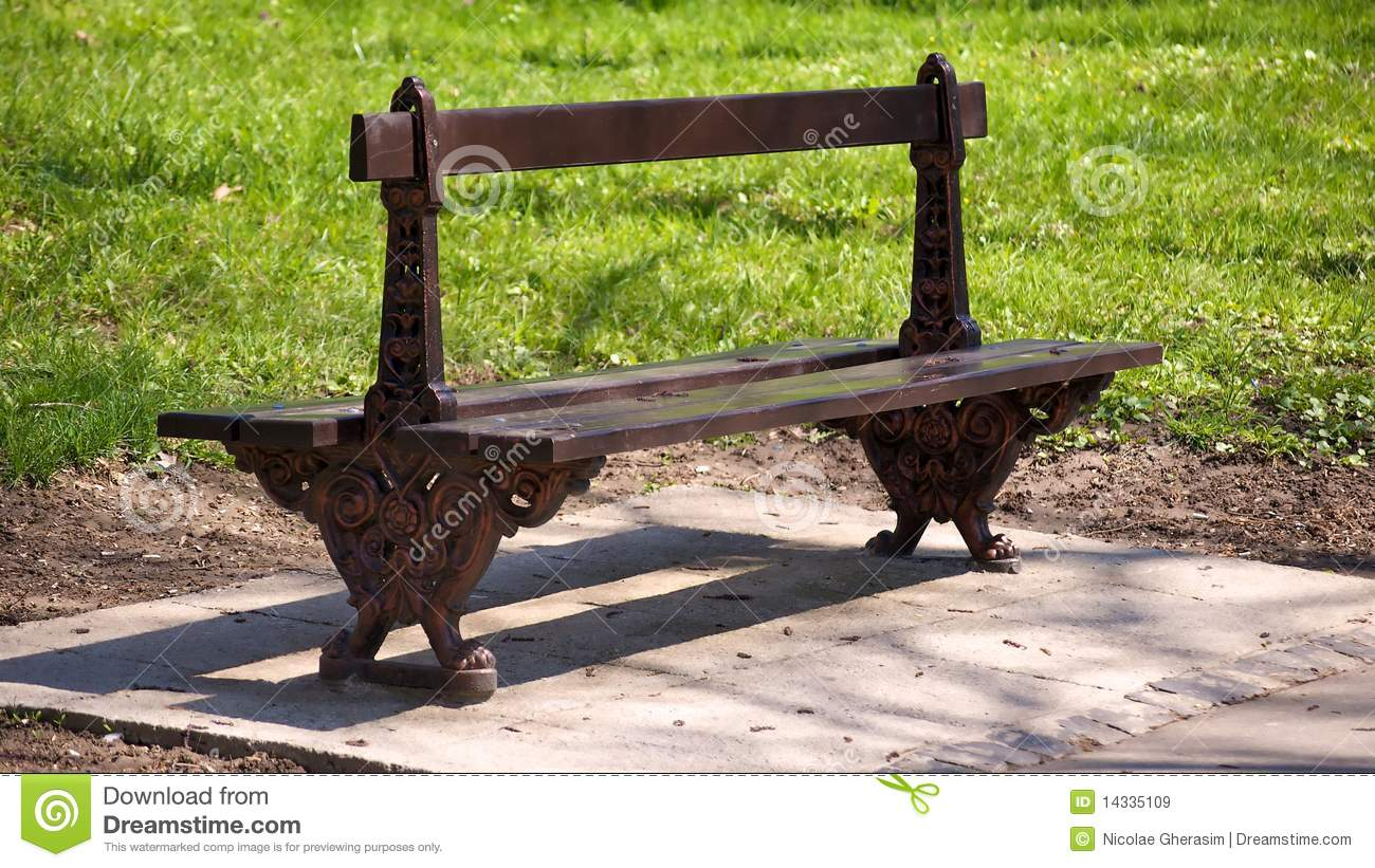 Wooden Park Bench Royalty Free Stock Images - Image: 14335109