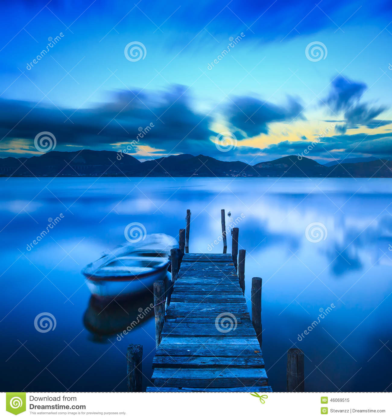 Download Wooden Pier Or Jetty And A Boat On A Lake Sunset. Versilia Tusca Stock Image - Image of photography, coast: 46069515