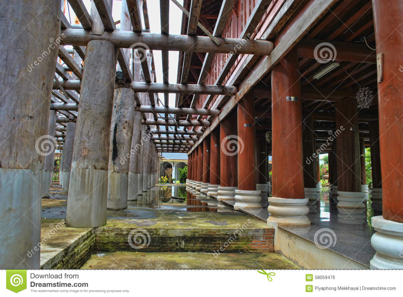 Wooden pillar and beam with a floor area pool side royalty for Floor pillars