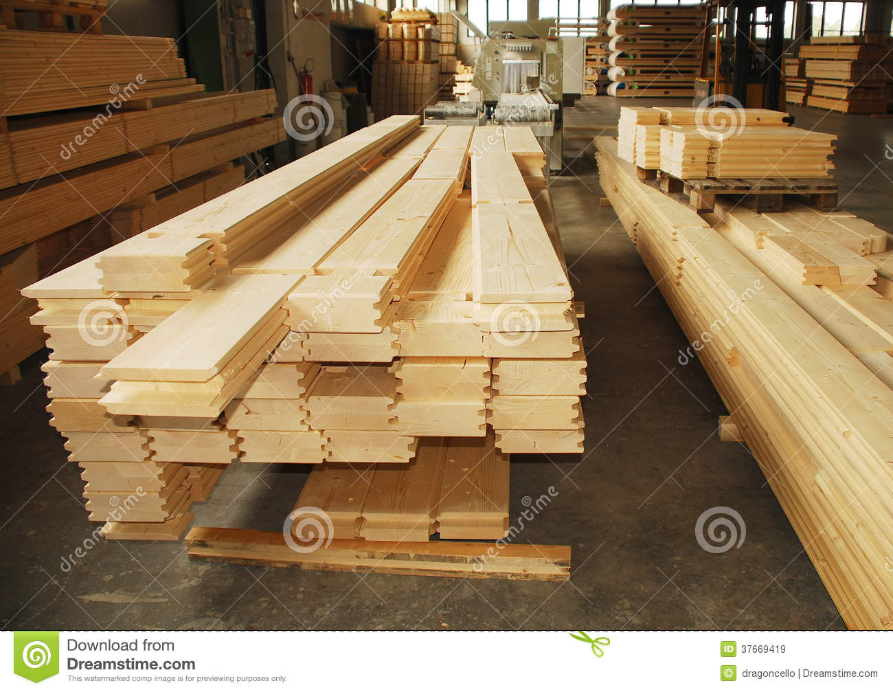 Wooden prefabricated house pieces in factory stock image - Fabricas de madera ...