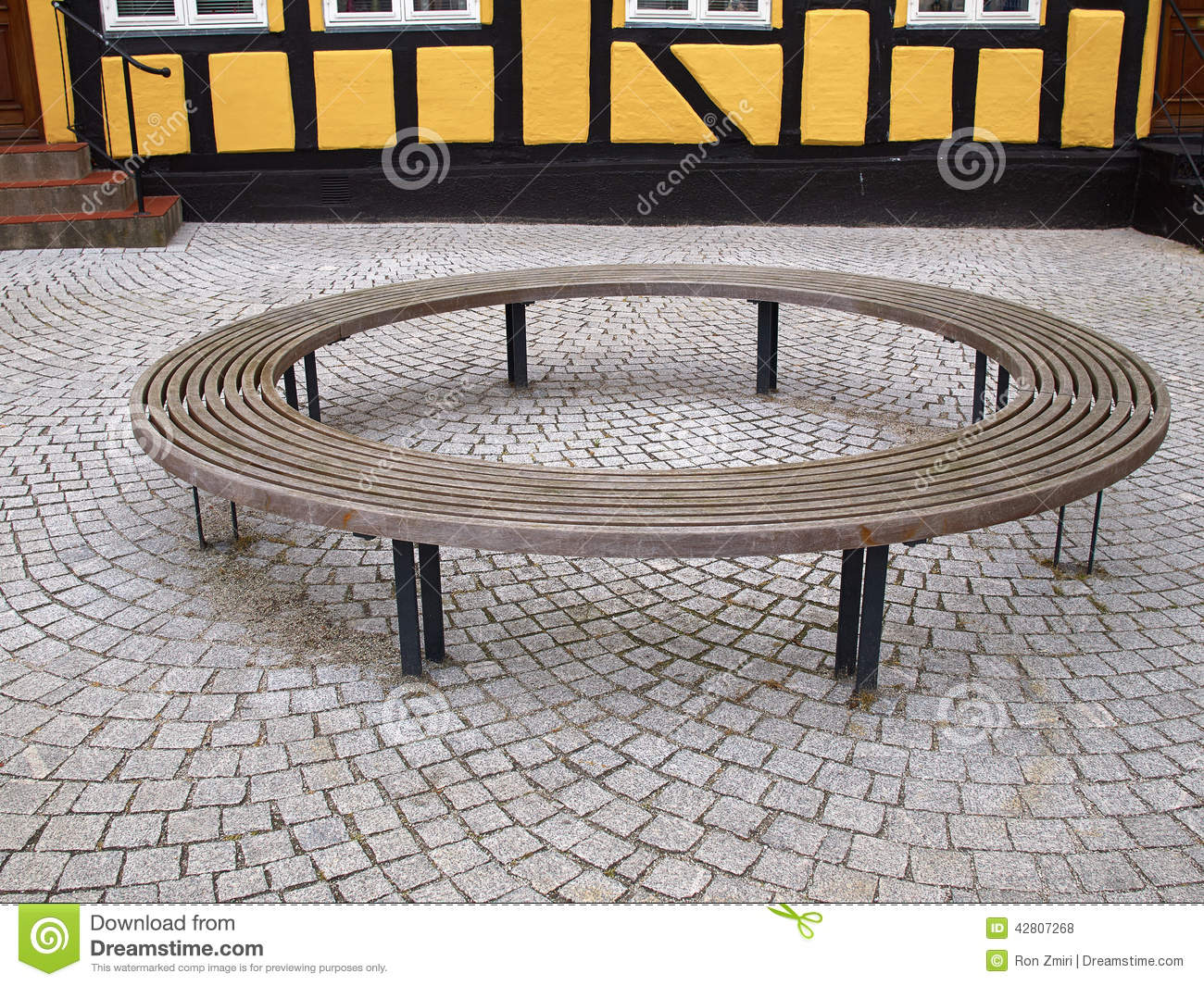 Wooden Round Circular Bench Stock Photo Image 42807268