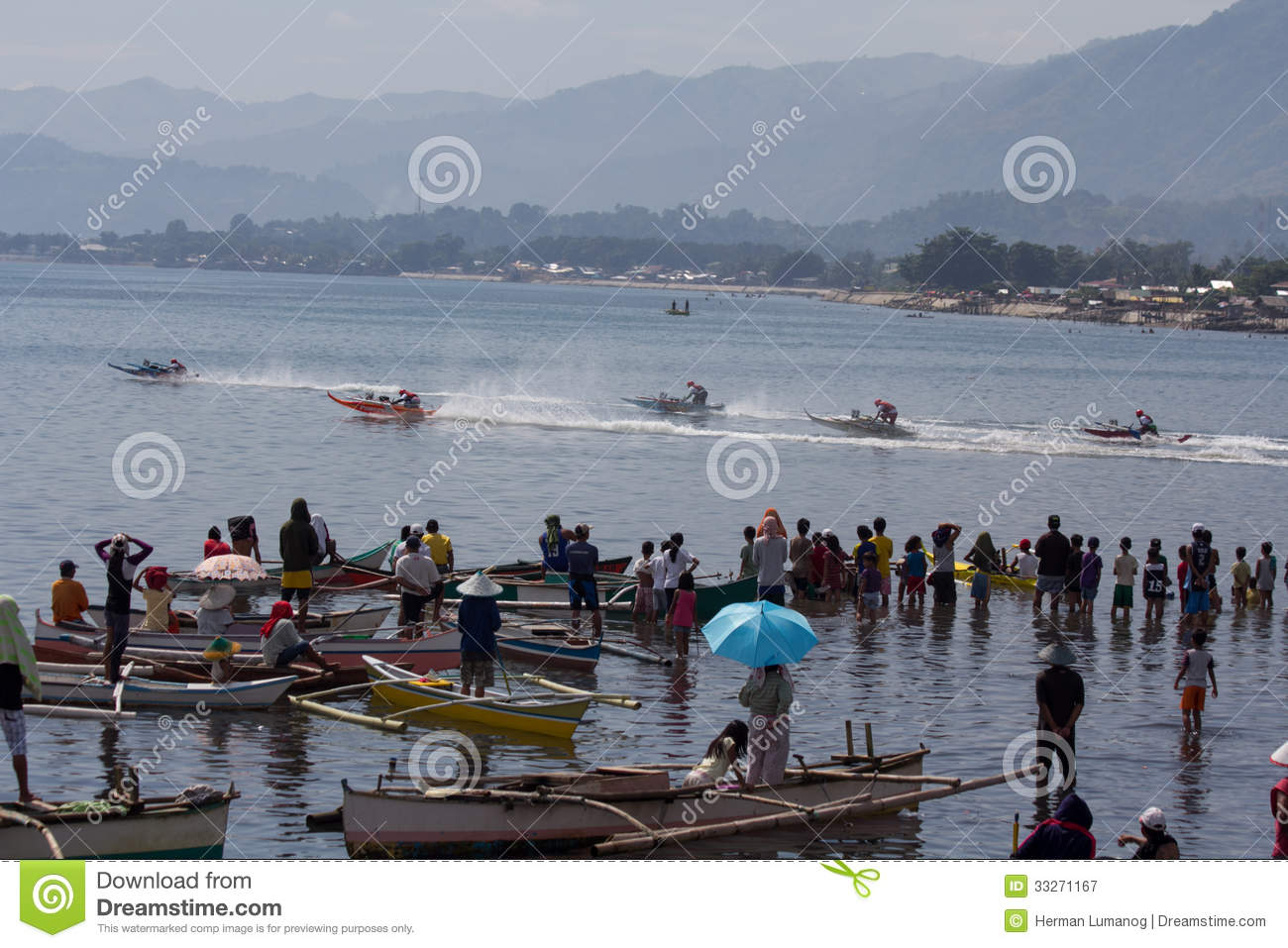 Wooden Speed Boat Race In Cagayan De Oro City Editorial Photography - Image: 33271167