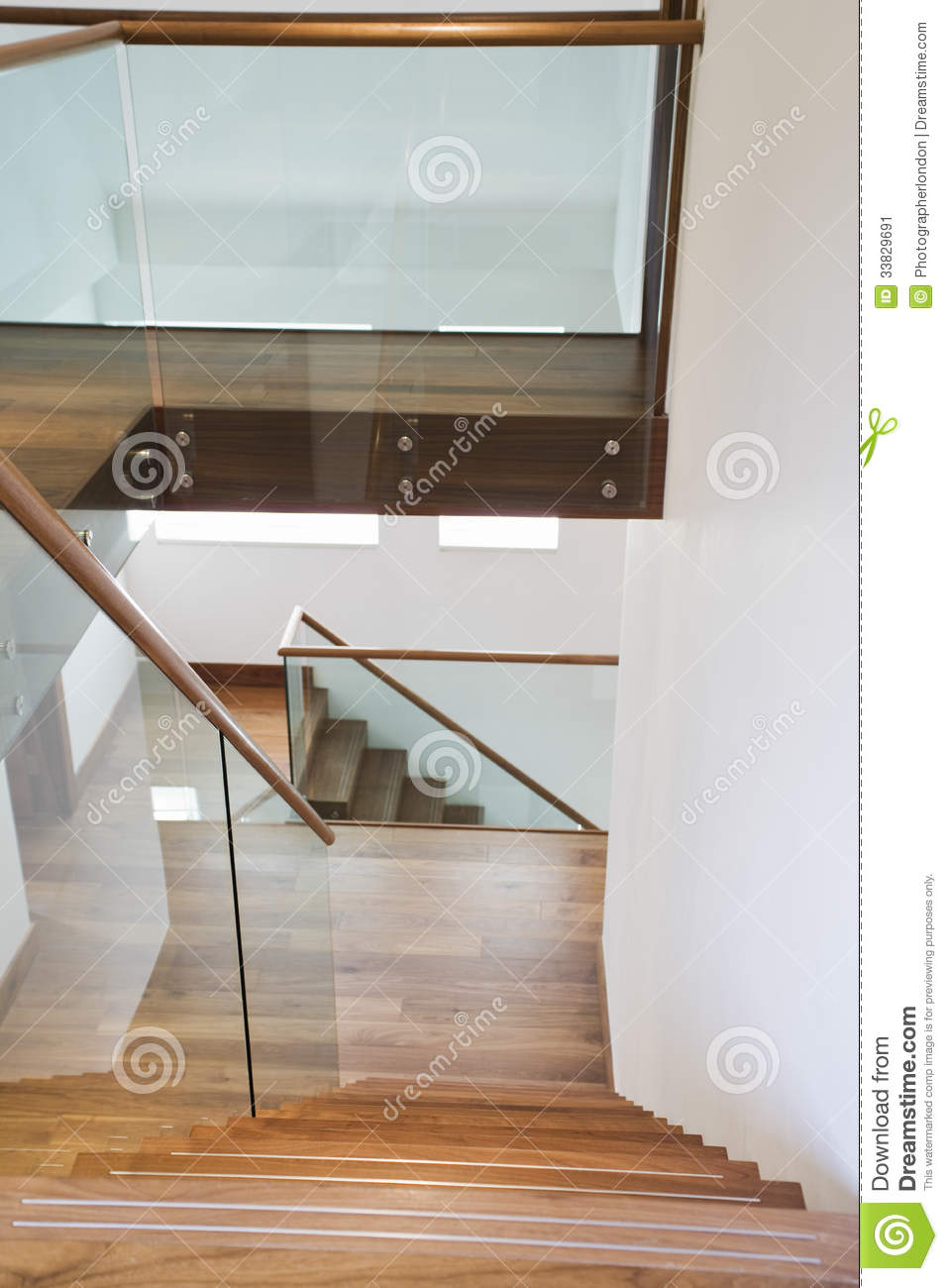 Wooden stairs and glass banisters stock image image - Barandillas de cristal y madera ...