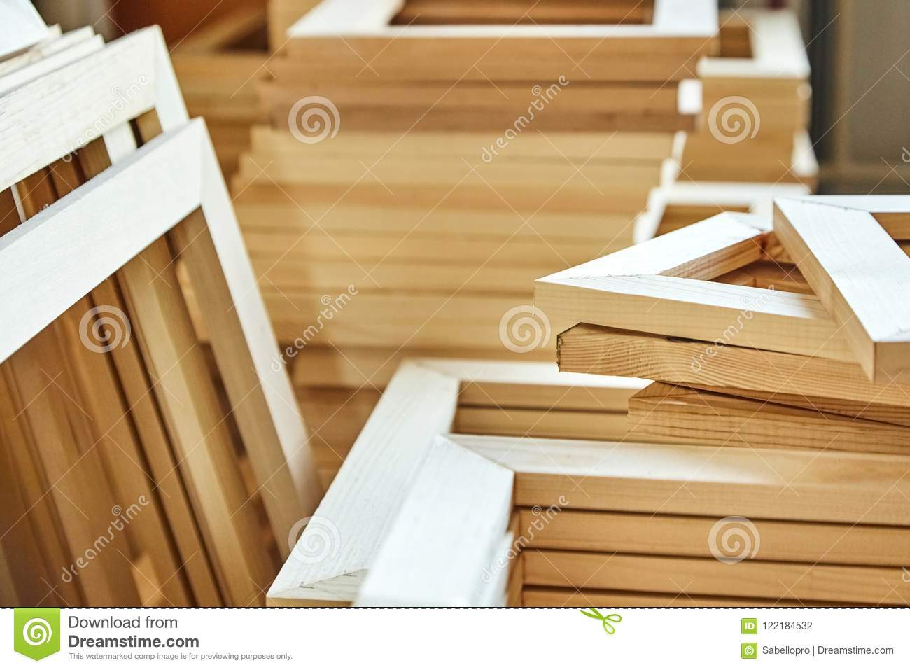 wooden stretcher bar frames subframes for gallery wrapped canva