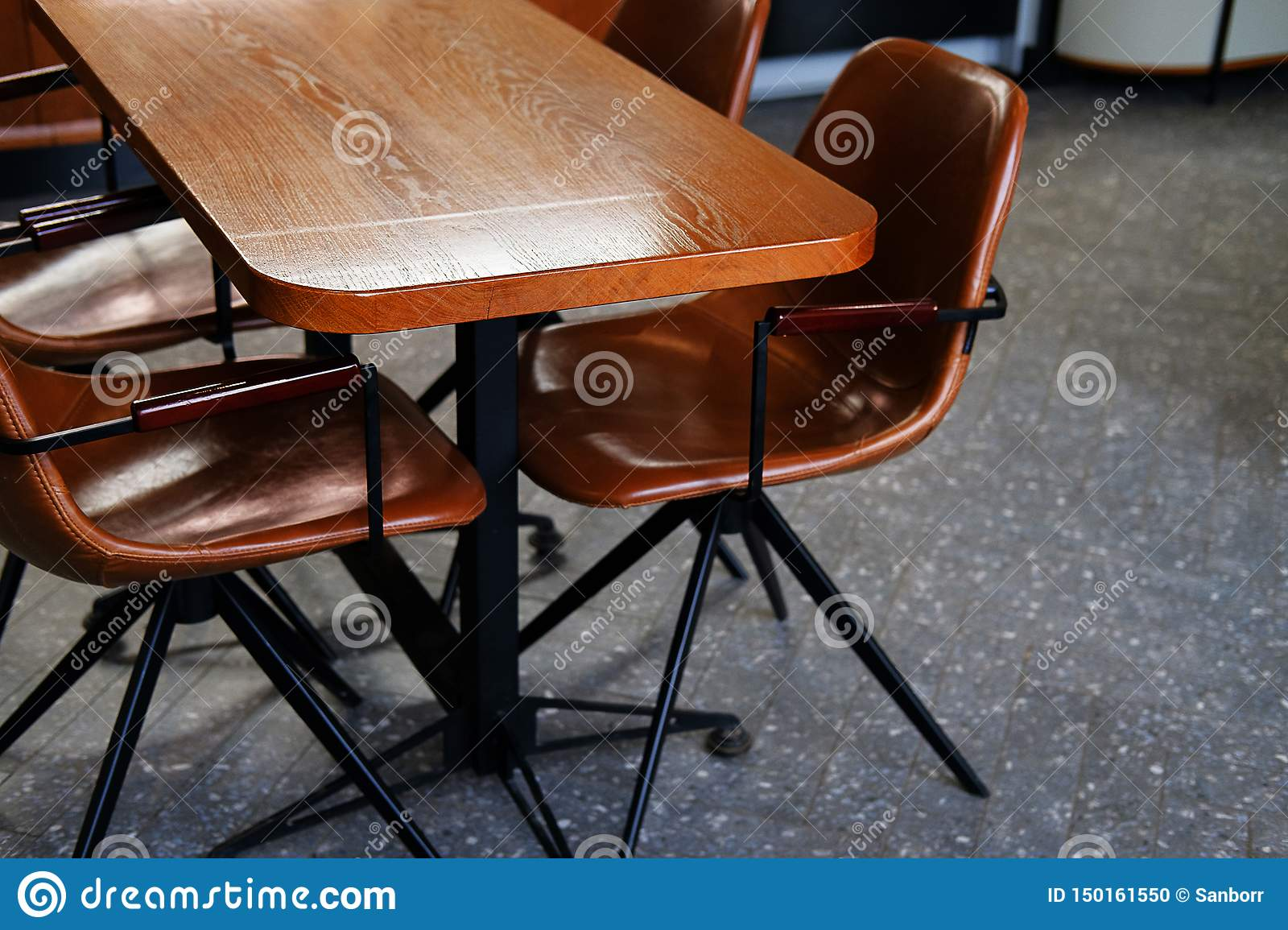 Super Wooden Table And Leather Chairs Or Chairs In A Cafe Office Gmtry Best Dining Table And Chair Ideas Images Gmtryco