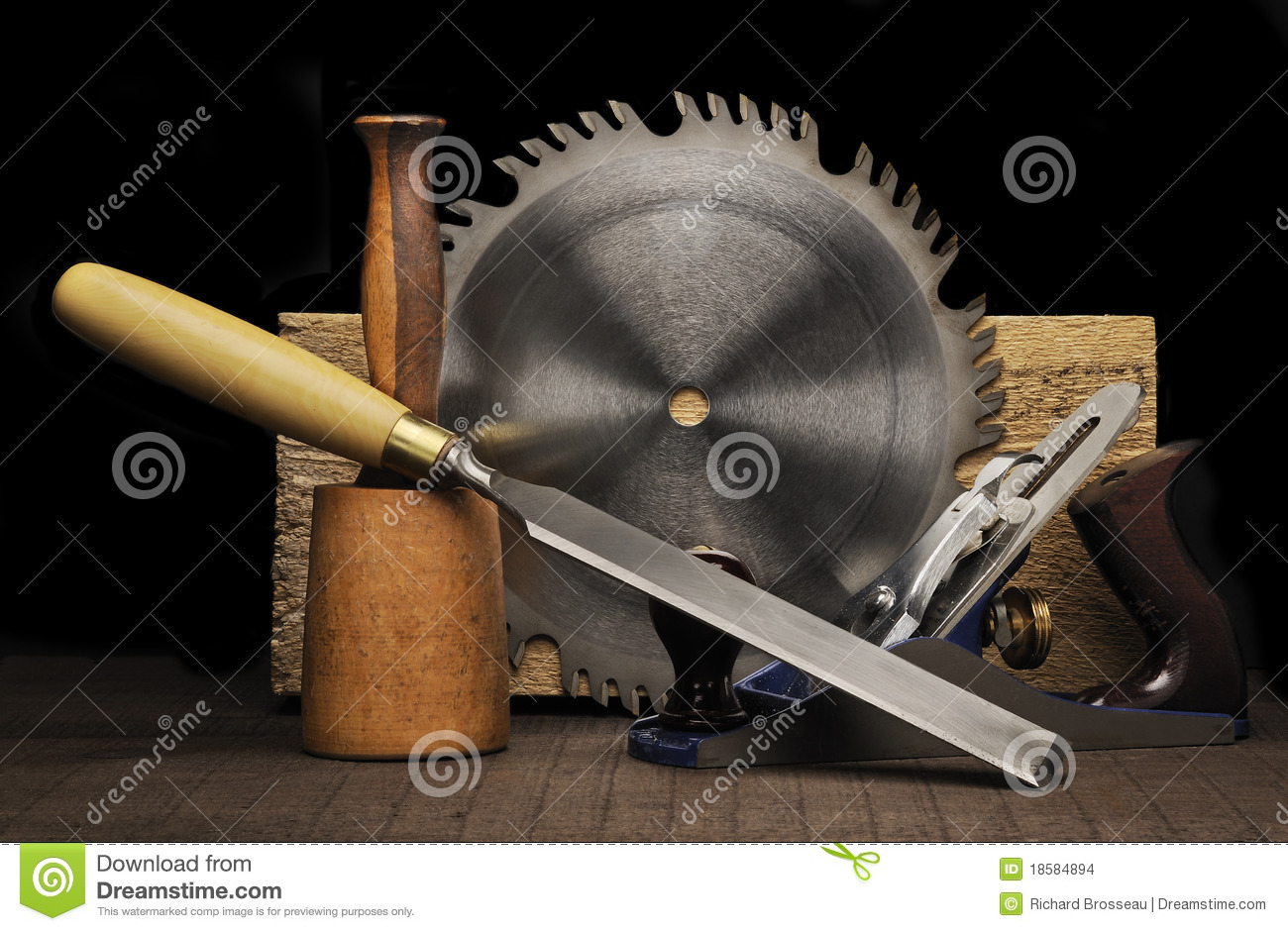 Woodworking tools stock images image 18584894 for Travail du bois flotte