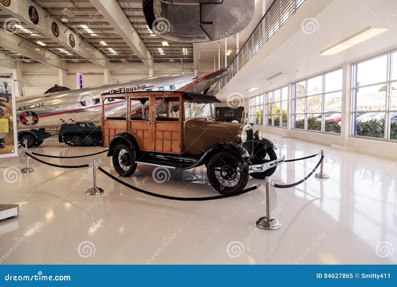 Woody Ford Model 1929 una furgoneta