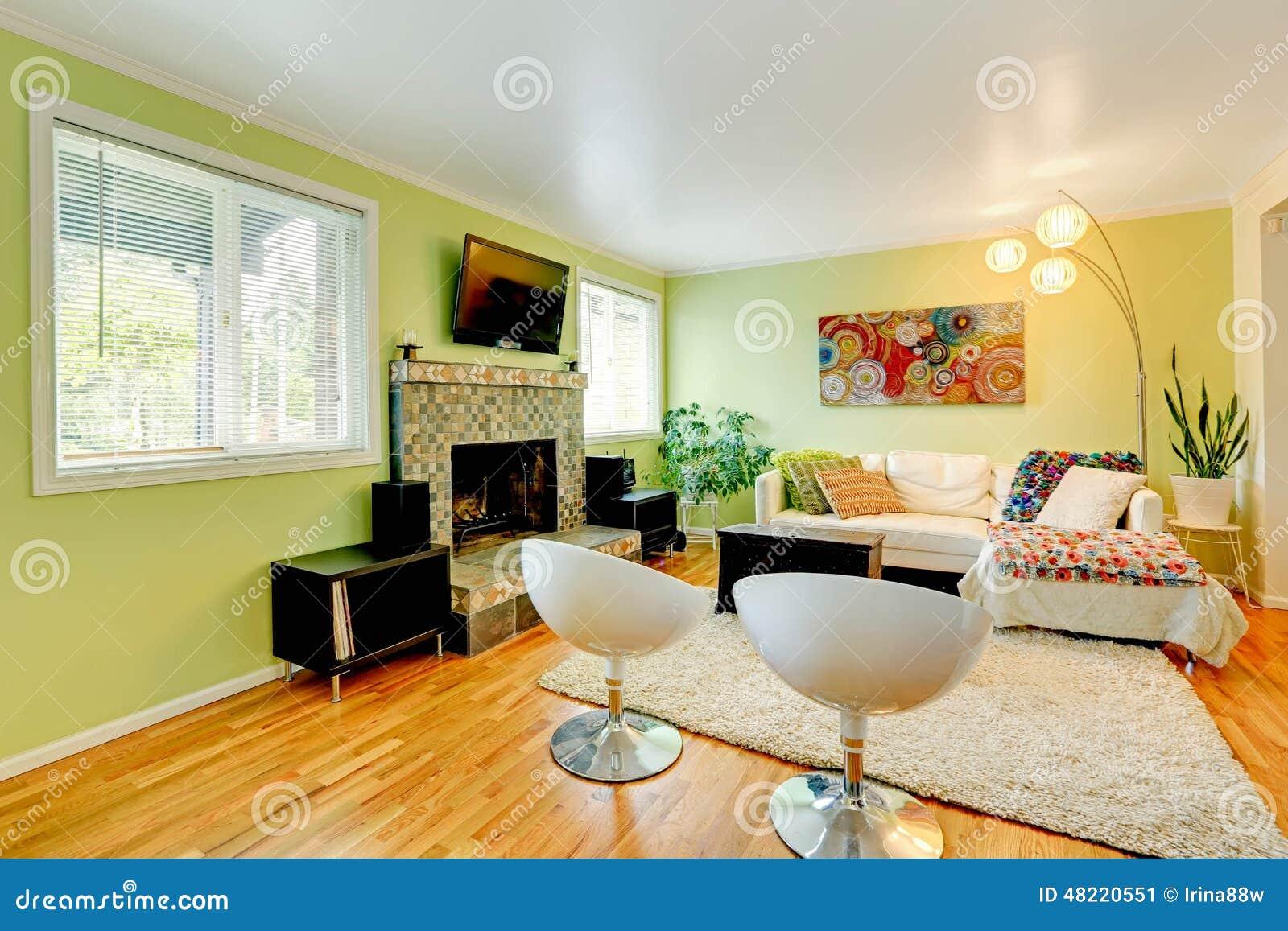woonkamer met wit meubilair stock afbeelding afbeelding