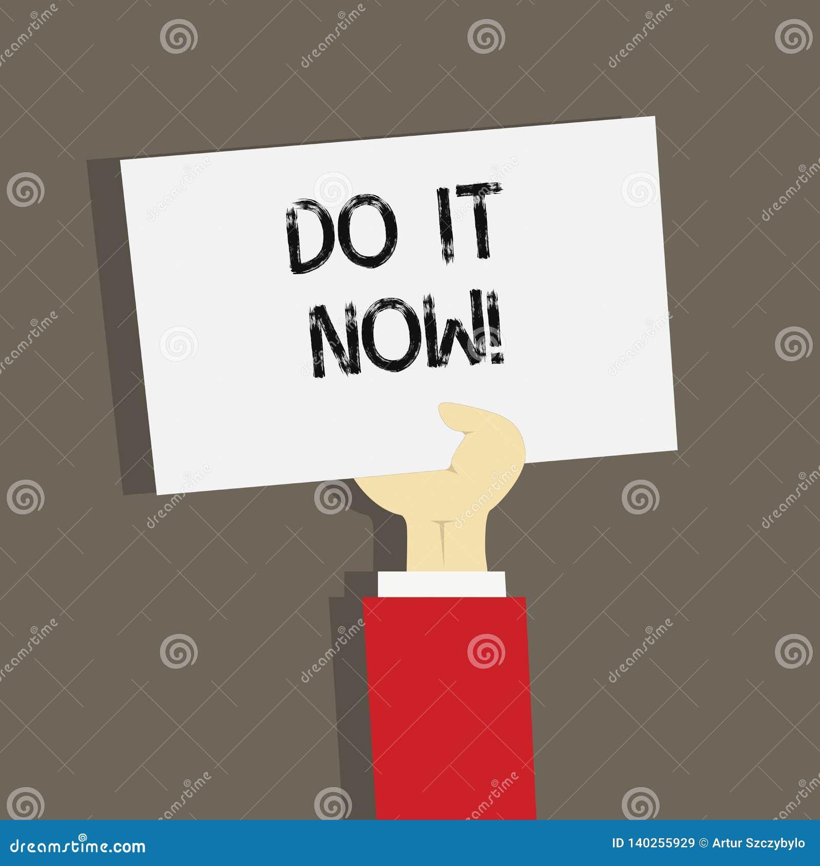 Word het schrijven de tekst doet nu het Het bedrijfsconcept voor Respond onmiddellijk iets moet direct worden gedaan