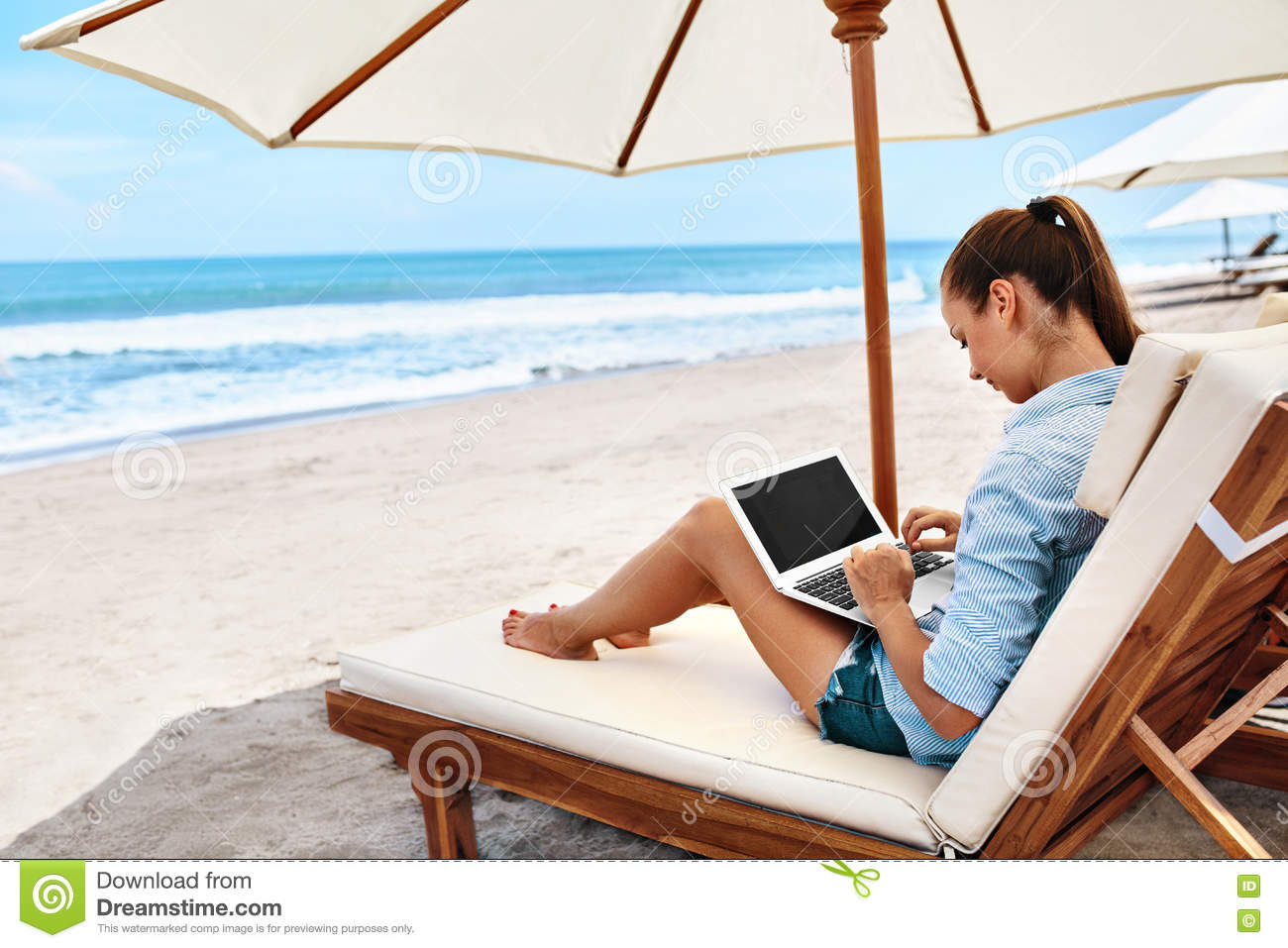 Work At Beach. Business Woman Working Online On Laptop Outdoors