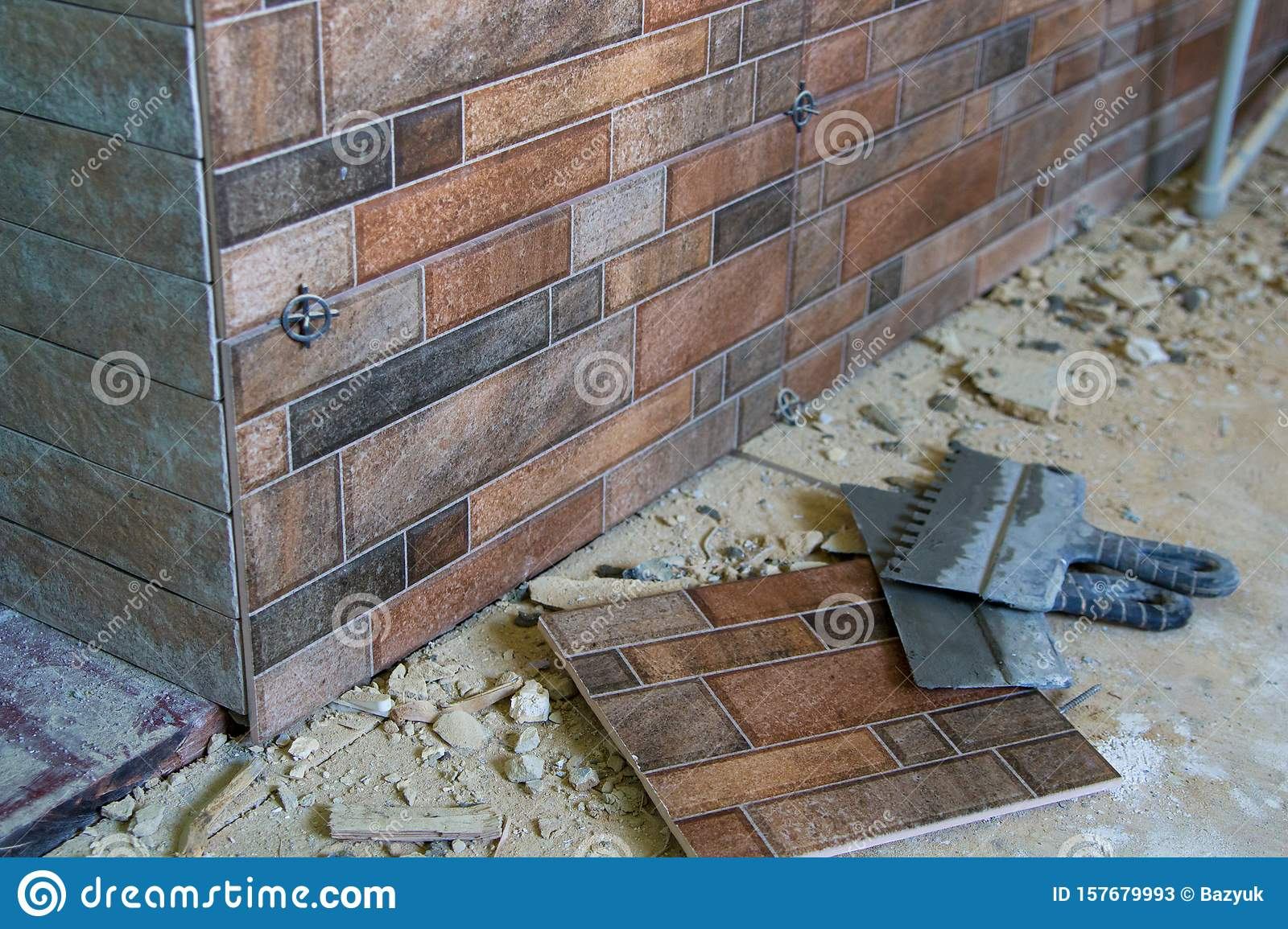 Work Laid Ceramic Tile On The Wall The Work Of Completing Tile Laying In The Kitchen Stock Image Image Of Flooring Corner 157679993