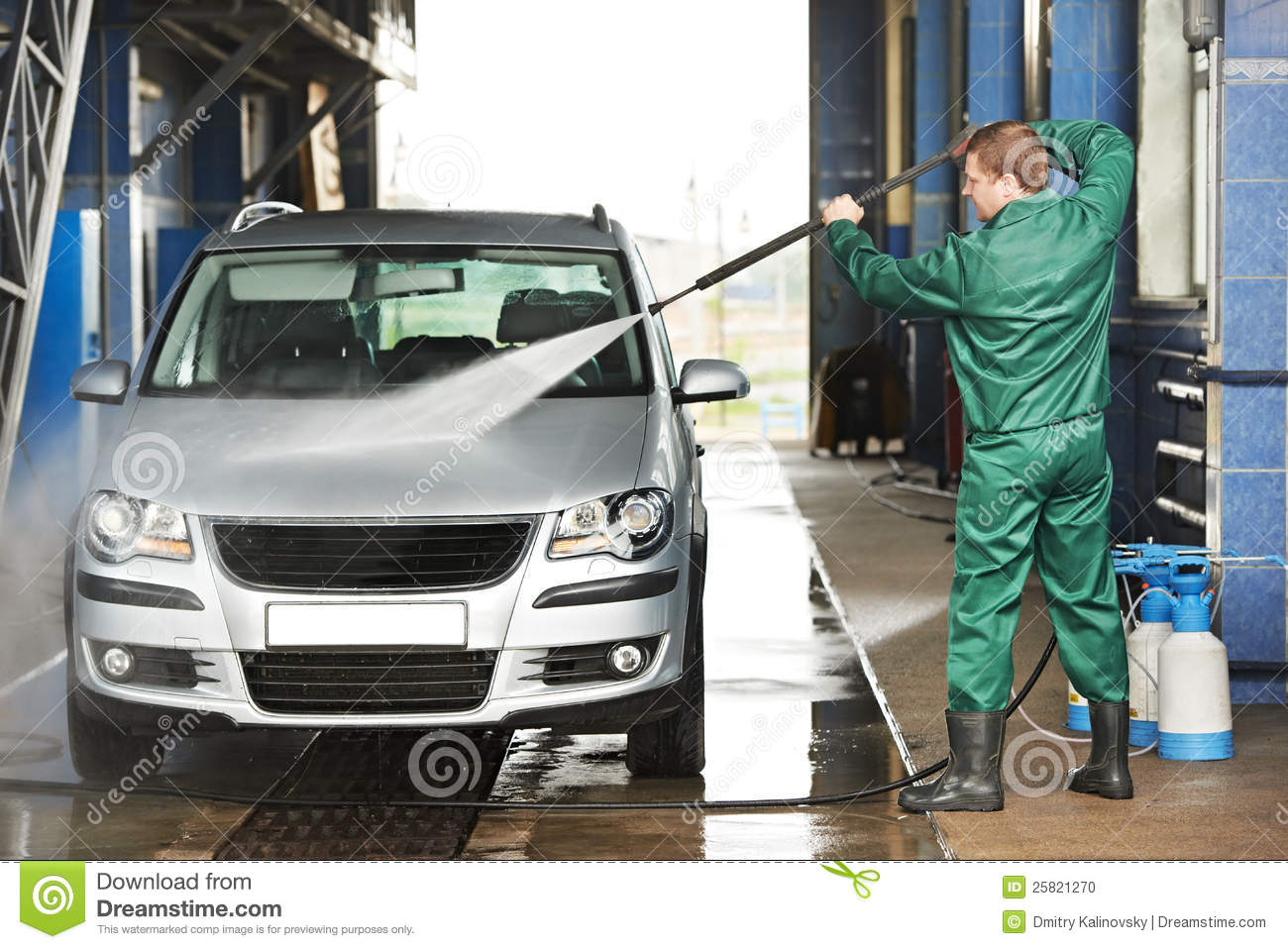 worker cleaning car with pressured water stock photo image 25821270. Black Bedroom Furniture Sets. Home Design Ideas