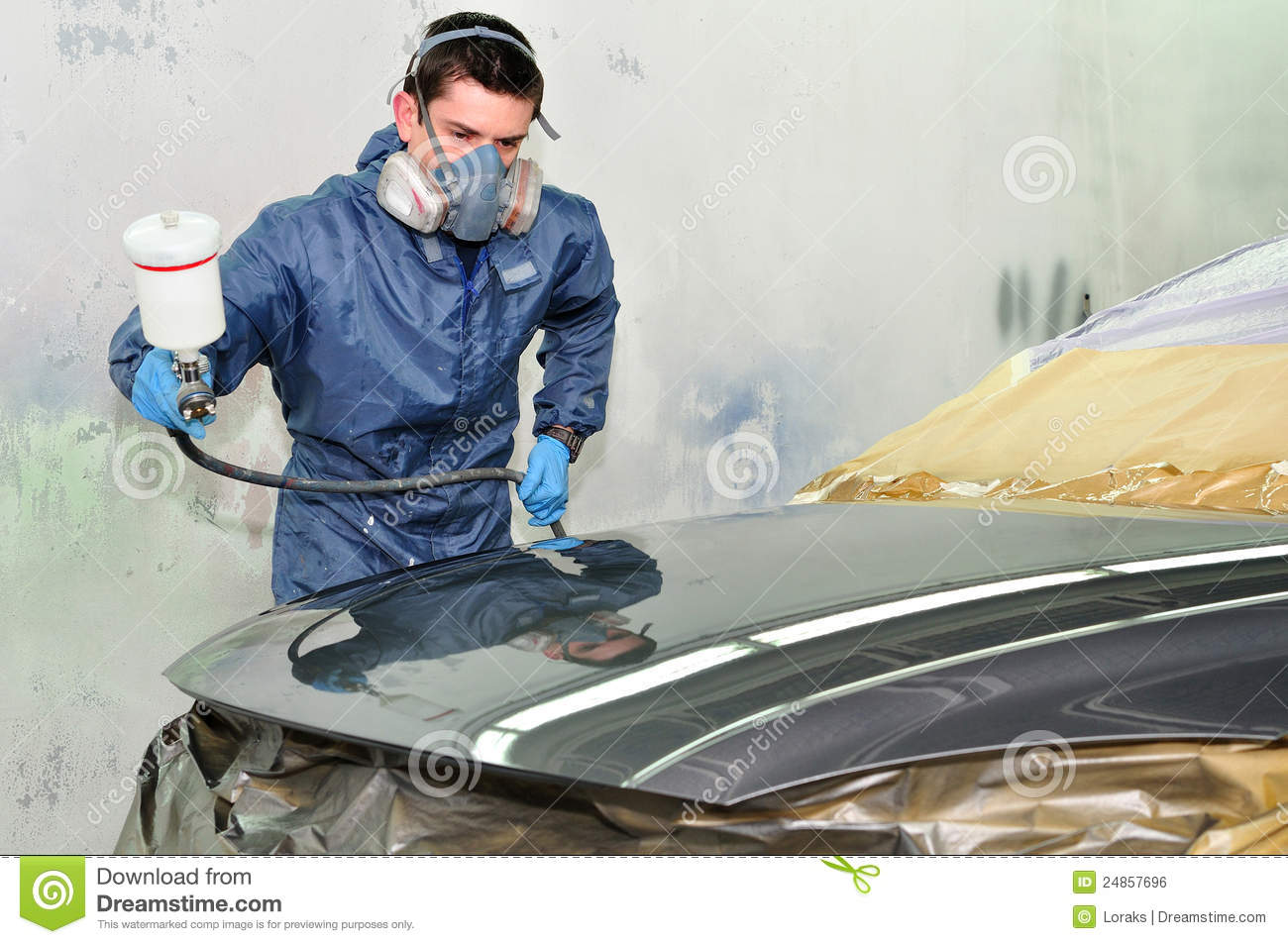 worker painting a car royalty free stock image image. Black Bedroom Furniture Sets. Home Design Ideas