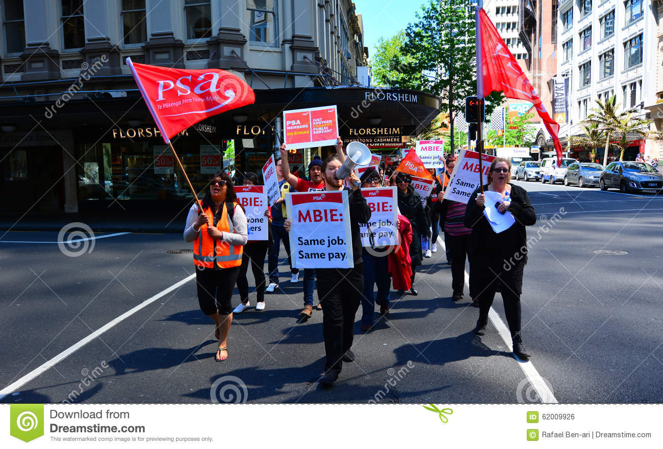 workers protesting for equal pay for equal work in