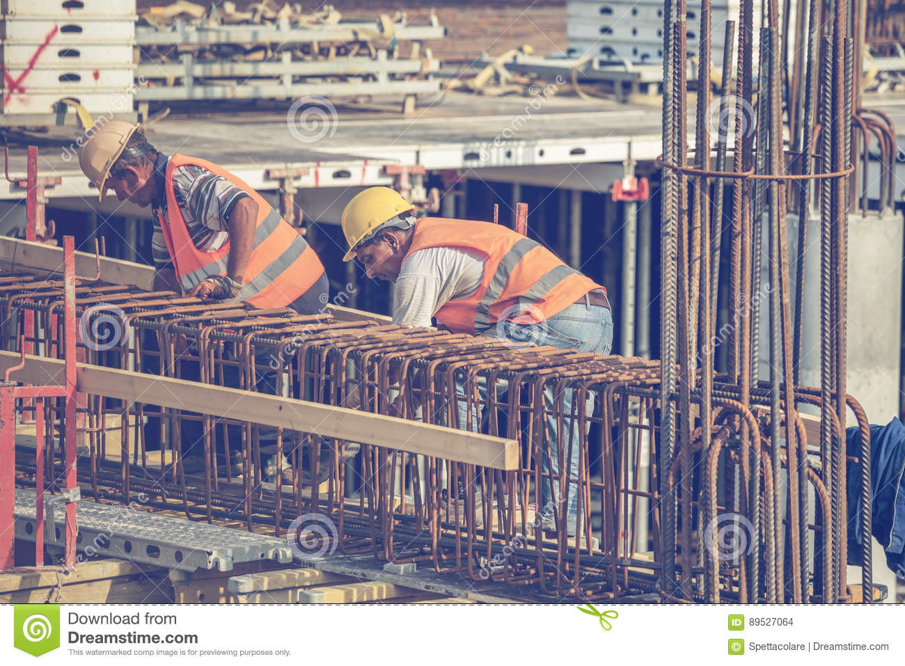 Workers Ties Reinforcement Bar 3 Editorial Stock Image - Image of