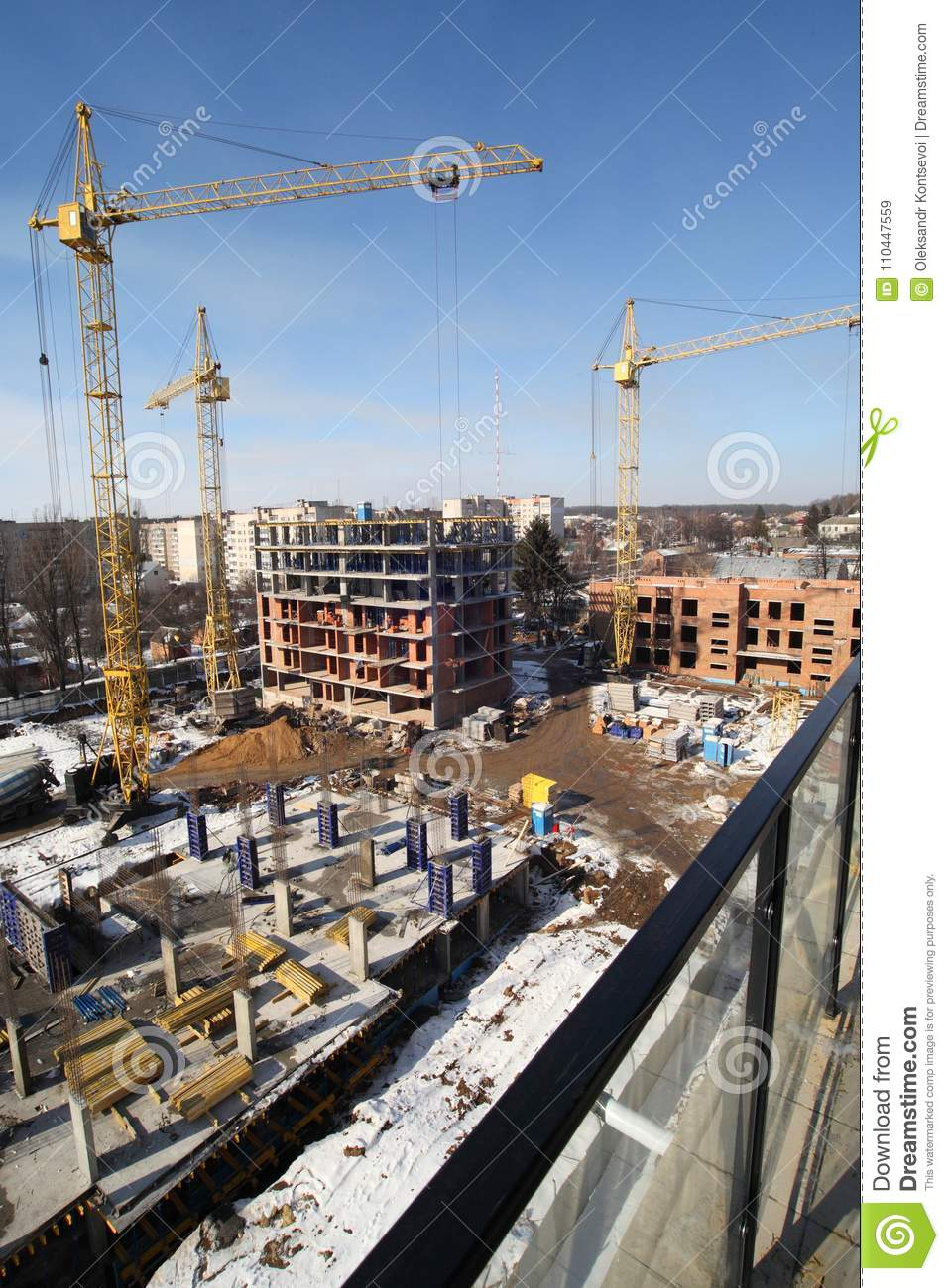 Working Crane On The Construction Of The House Editorial Stock Image Image Of Perspective Site 110447559