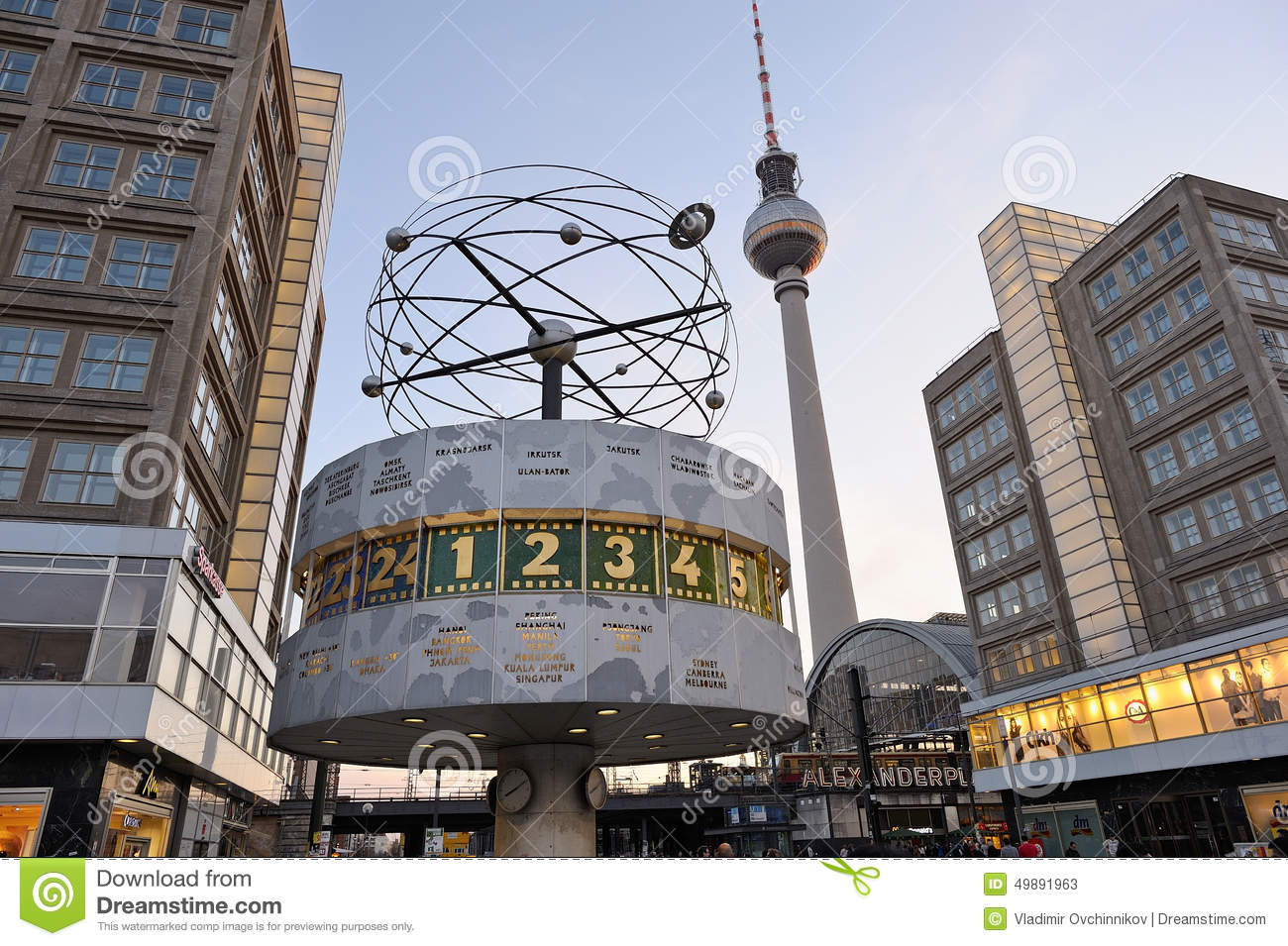 World Clock At Alexanderplatz In Berlin, Germany Editorial ...