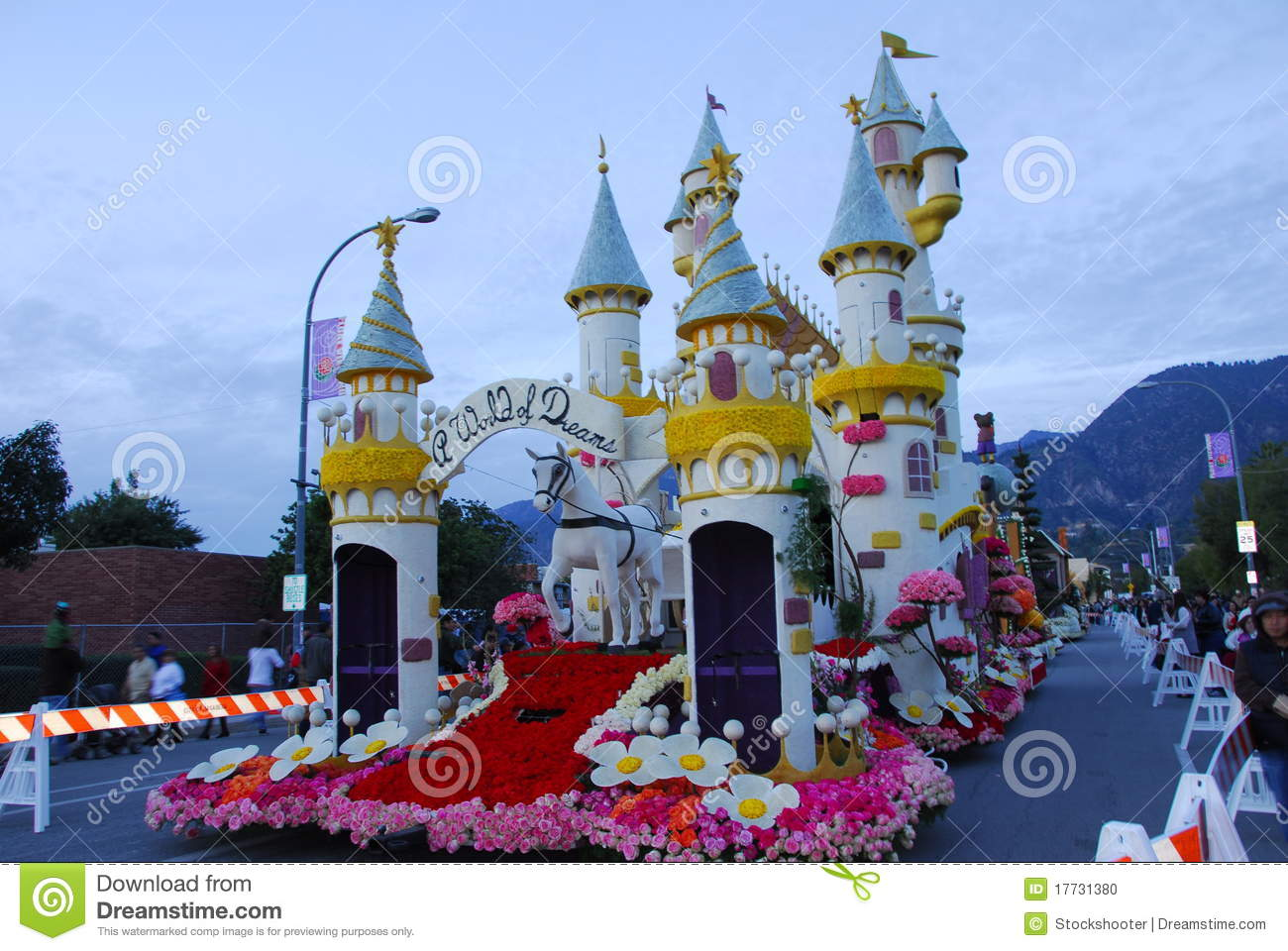 Honda Of Pasadena >> World Of Dreams Castle Float At The 122nd Tourname Editorial Image - Image: 17731380