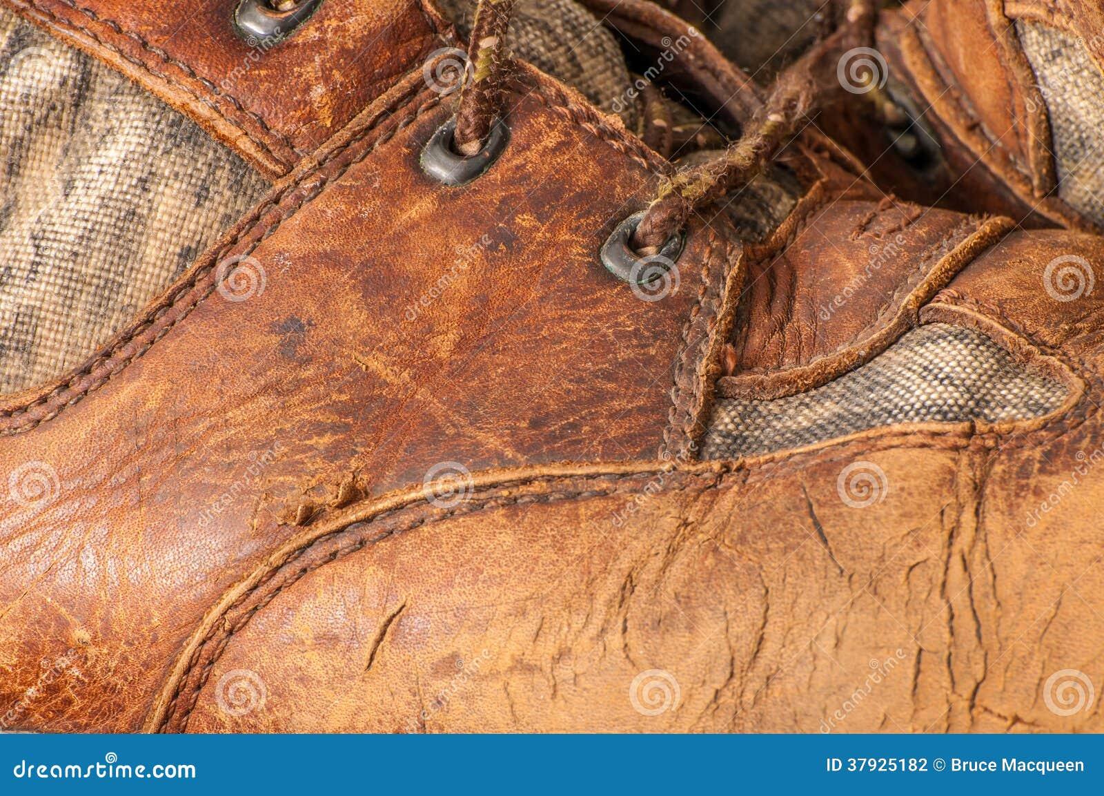 Worn ботинок звероловства