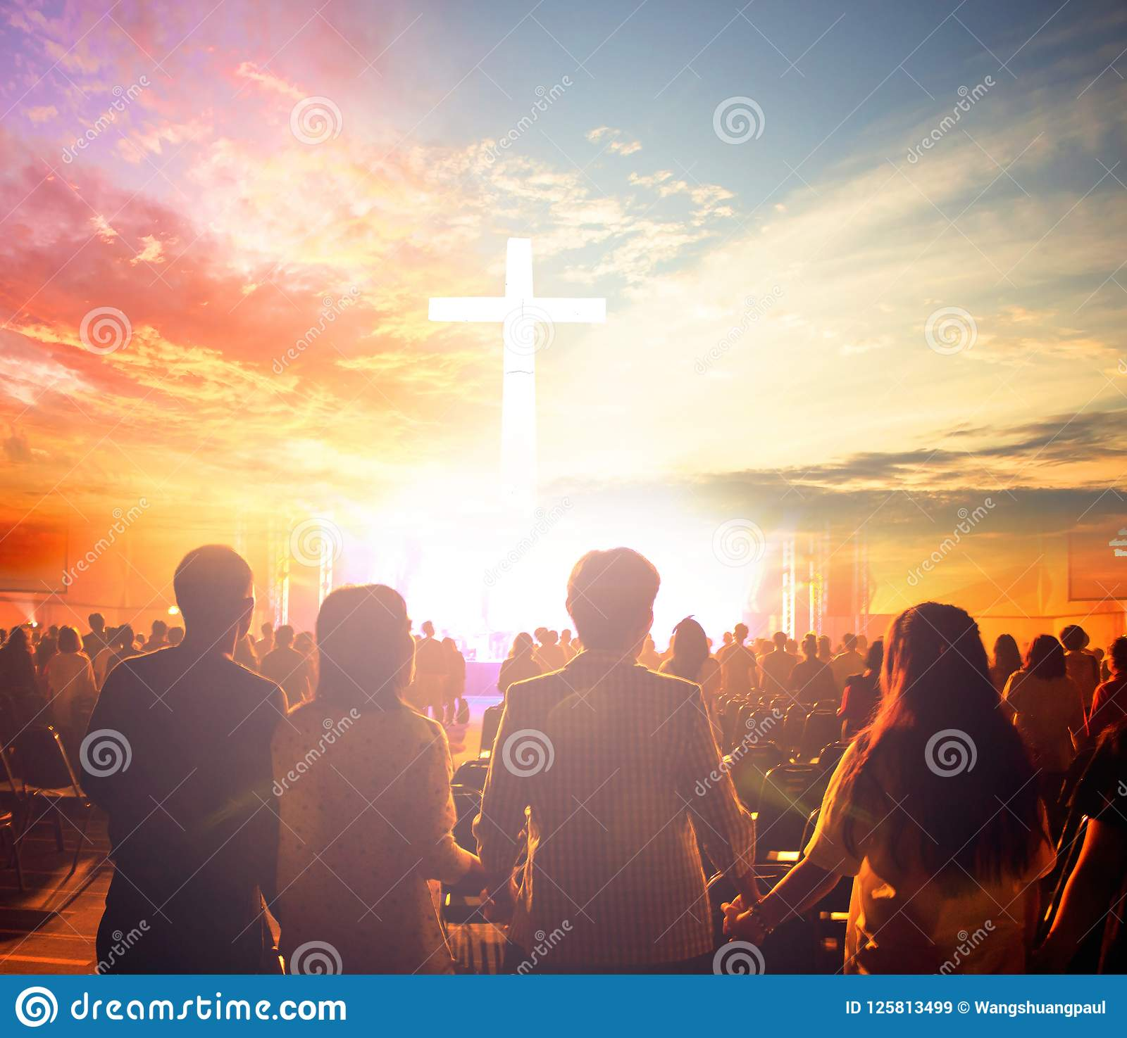 Worship Concept Silhouette People Looking For The Cross On Sunrise Background Editorial Stock Image Image Of Believe Cross 125813499