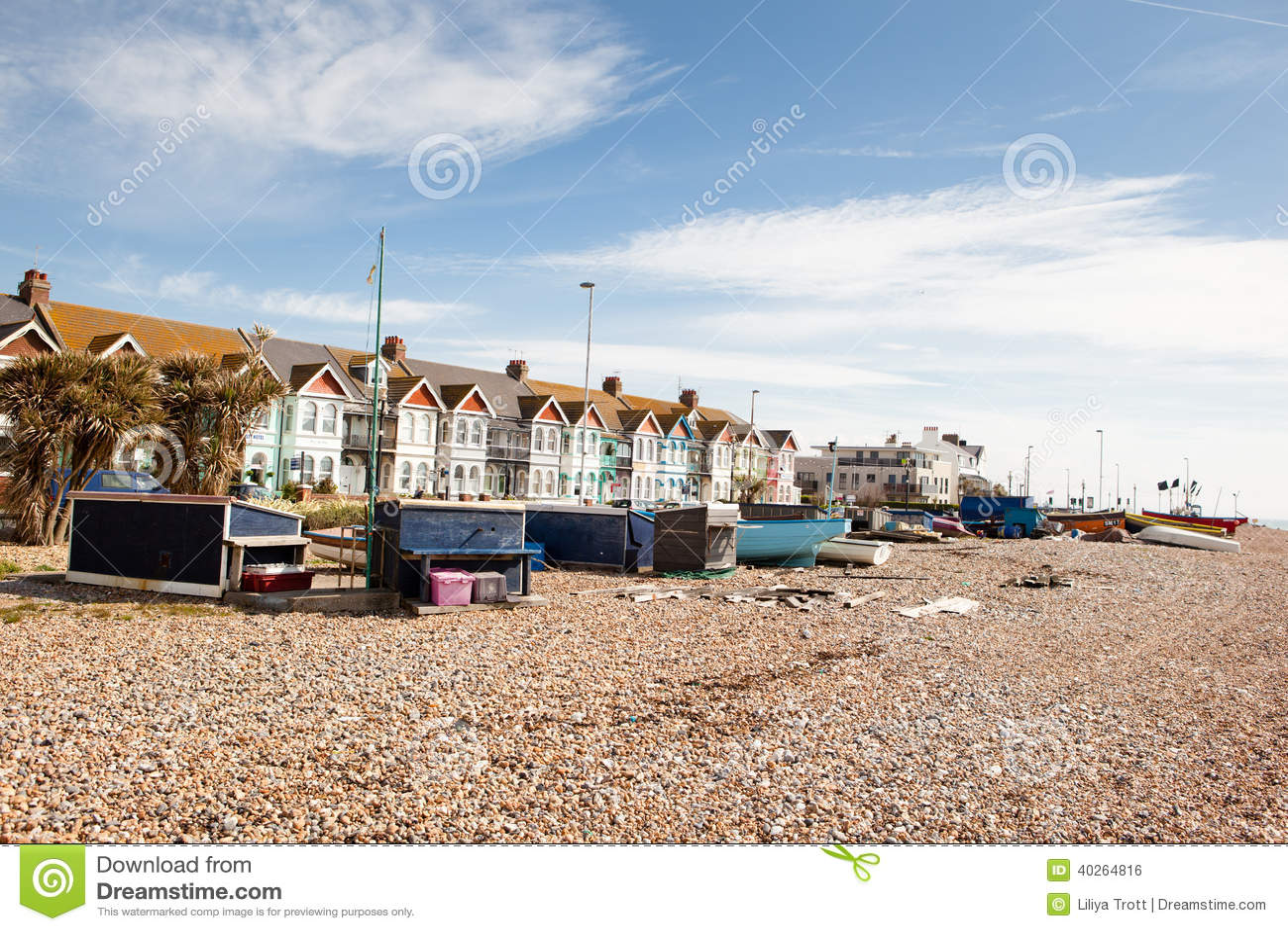 Worthing United Kingdom  City pictures : Worthing Beach, West Sussex, United Kingdom Editorial Photo Image ...