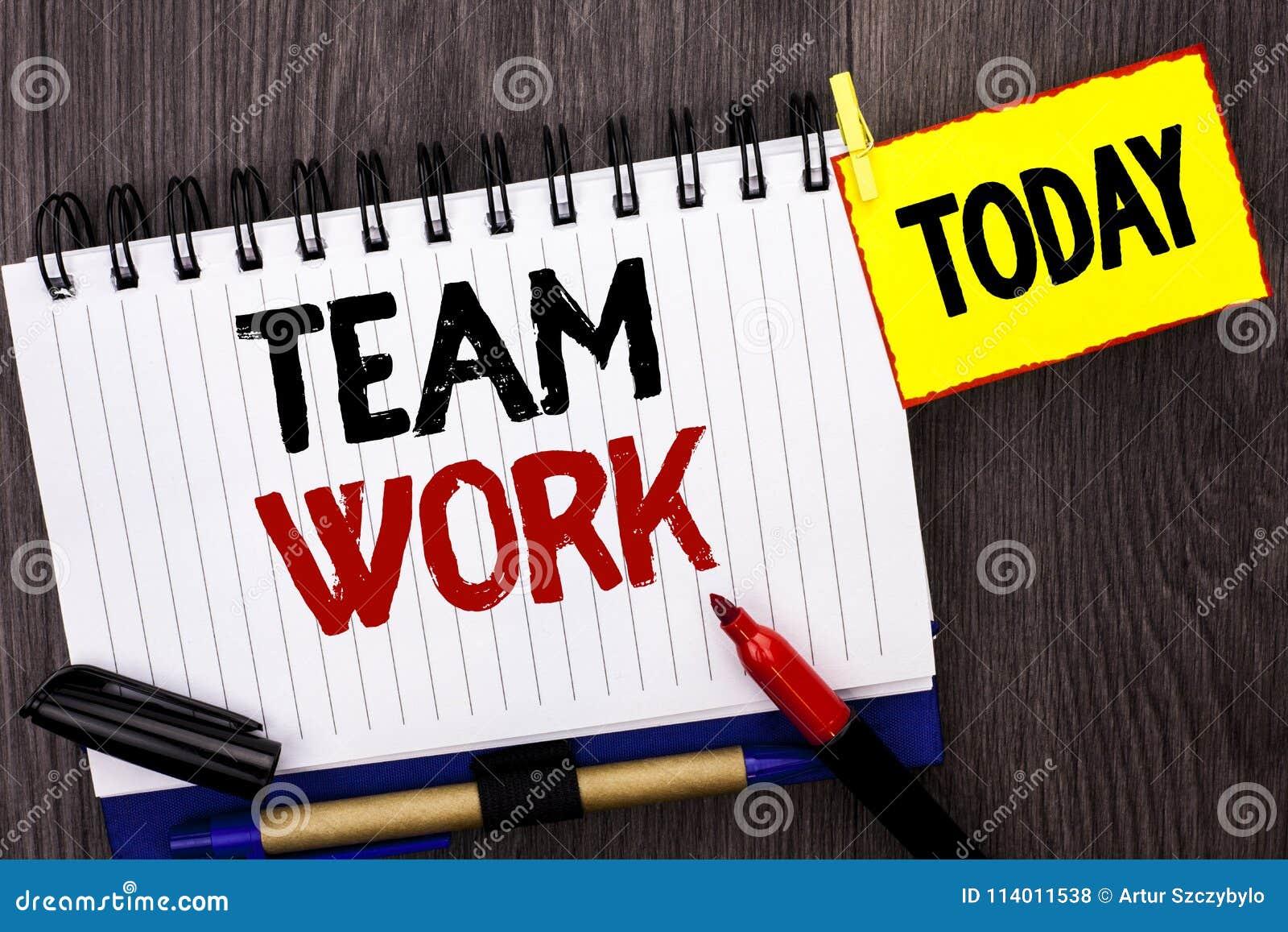 Wortschreibenstext Team Work Geschäftskonzept für die Zusammenarbeits-zusammen Gruppen-Arbeits-Leistungs-Einheits-Zusammenarbeit