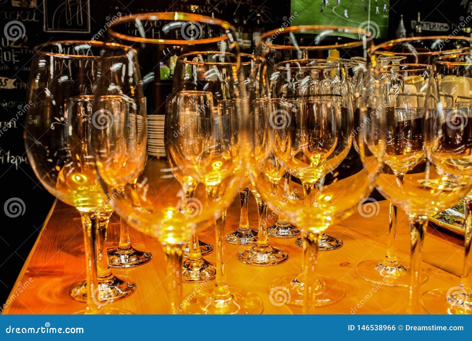 WOW! So nice wineglasses
