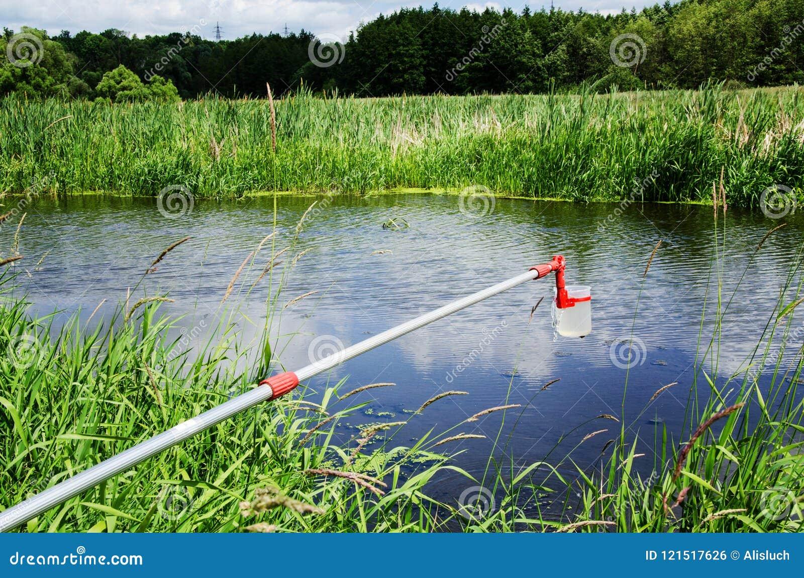 Wp8lywy próbki woda dla laborancki testowanie Pojęcie - analiza wodna czystość, środowisko, ekologia
