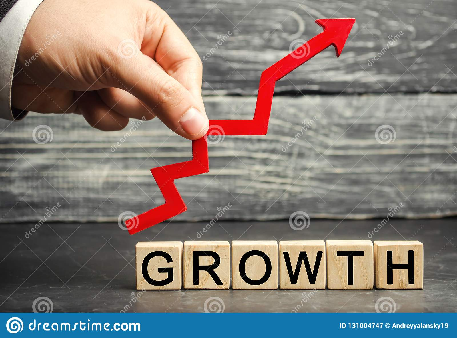 Wpisowy przyrost w górę strzały i Pojęcie pomyślny biznes Wzrost w dochodzie, pensja Przyrost firma «