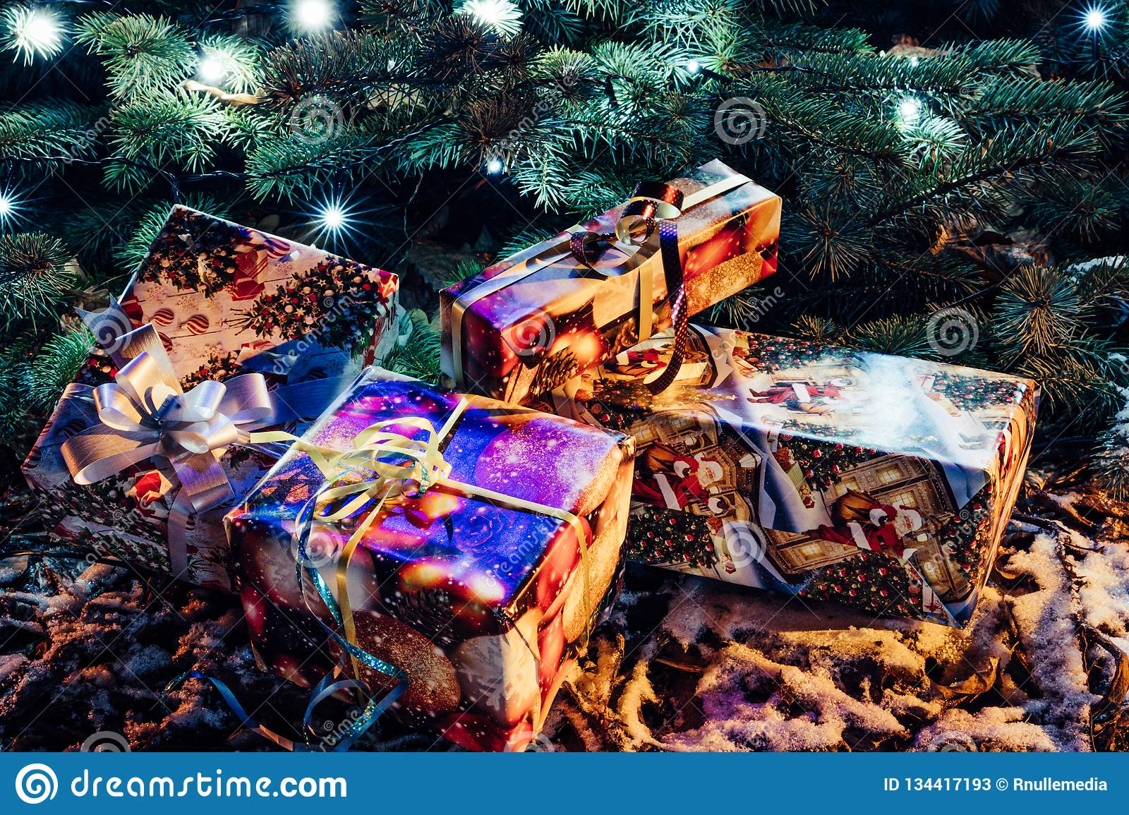Presents Under the Tree | Beautifully wrapped presents ... |Wrapped Christmas Presents Under The Tree