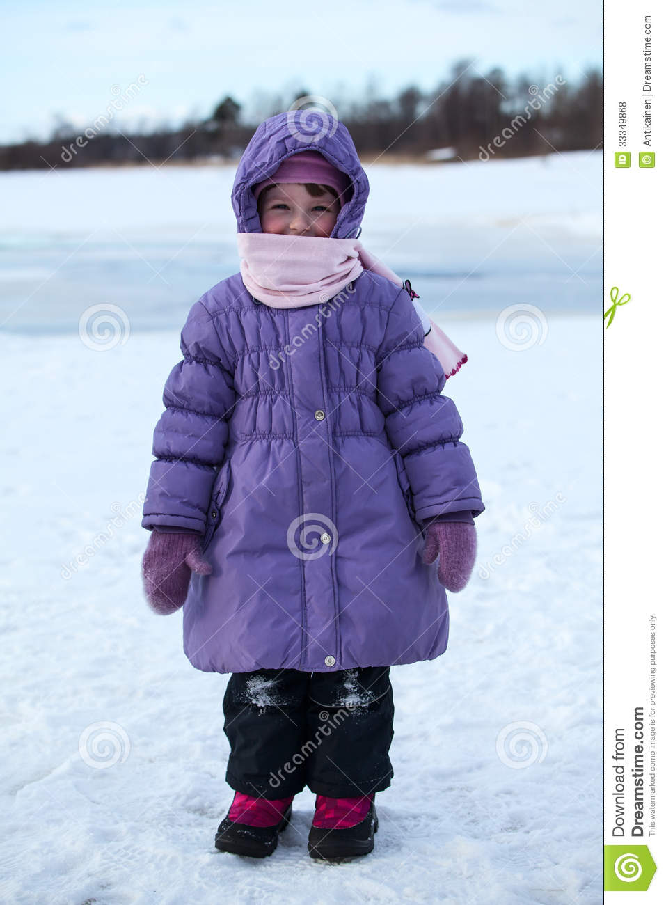 wrapped in warm clothing little child standing outdoor royalty free stock photos image 33349868 winter clothes clipart winter clothes clip art coloring pages