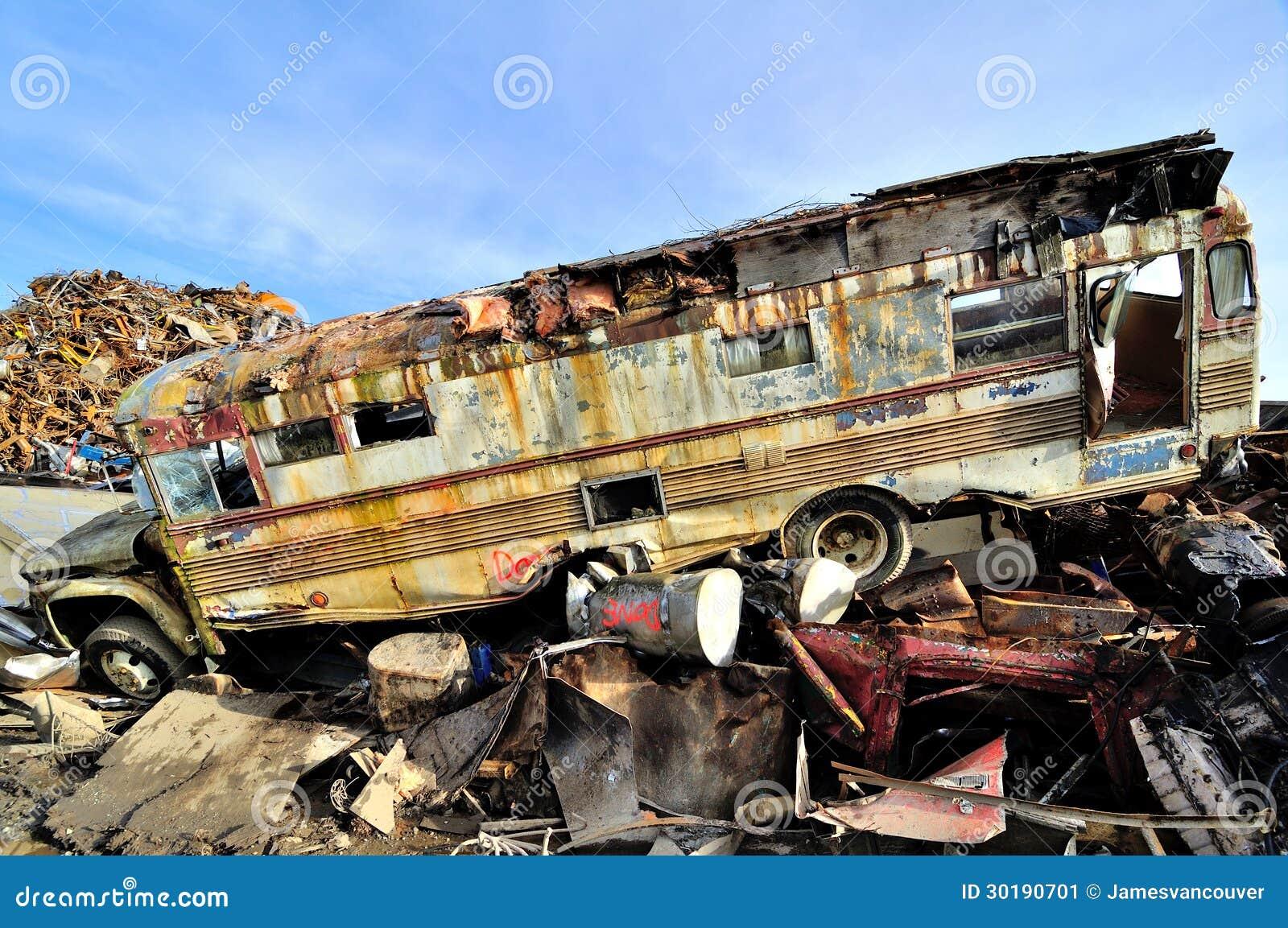 Girls Crushing iuh9DD4AratJkdzIqJh4bI00B6jgkwkgOYr3XPlNRiA besides Junk Cars besides 52 Ford F6 in addition Honda Urban Ev Concept Is A Neo Retro Hatch Of Awesomeness also Places. on old junk cars