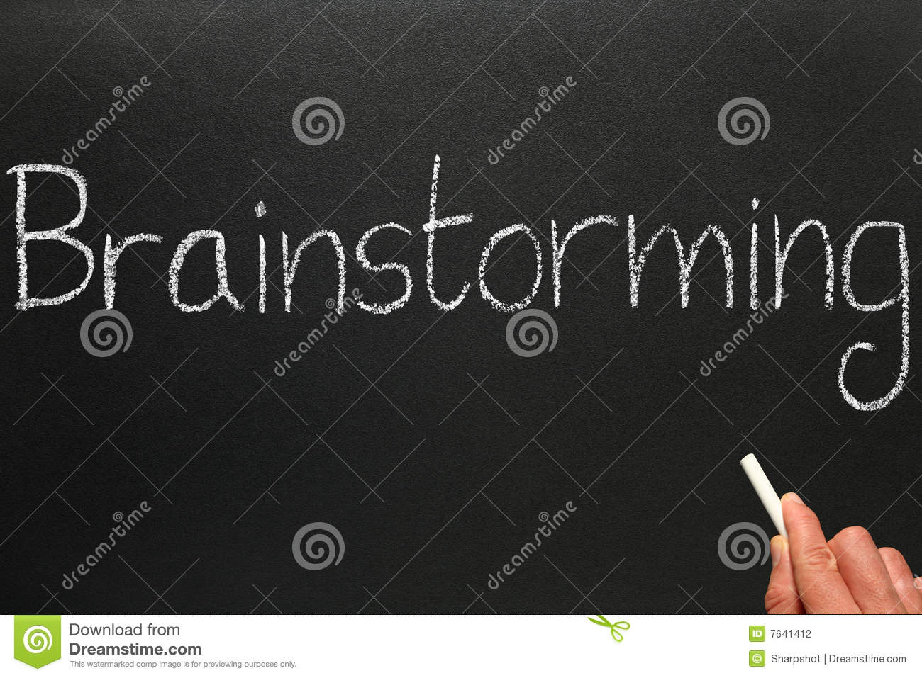 bockbord ritning ~ writing brainstorming on a blackboard stock photograph