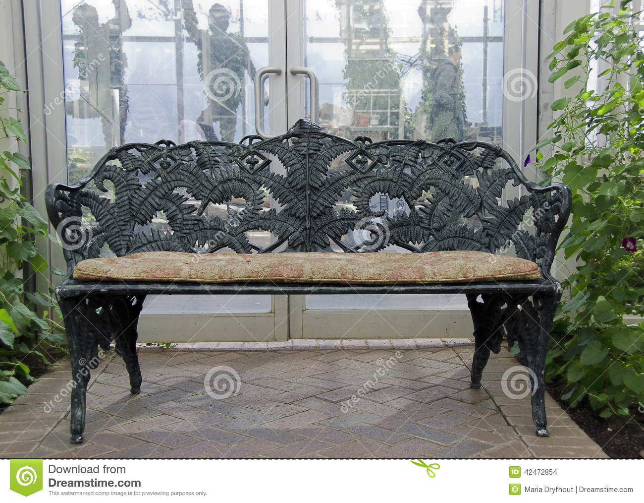 wrought benches auction with extraordinaire dsc bench vintage spiral tassels iron product elegance
