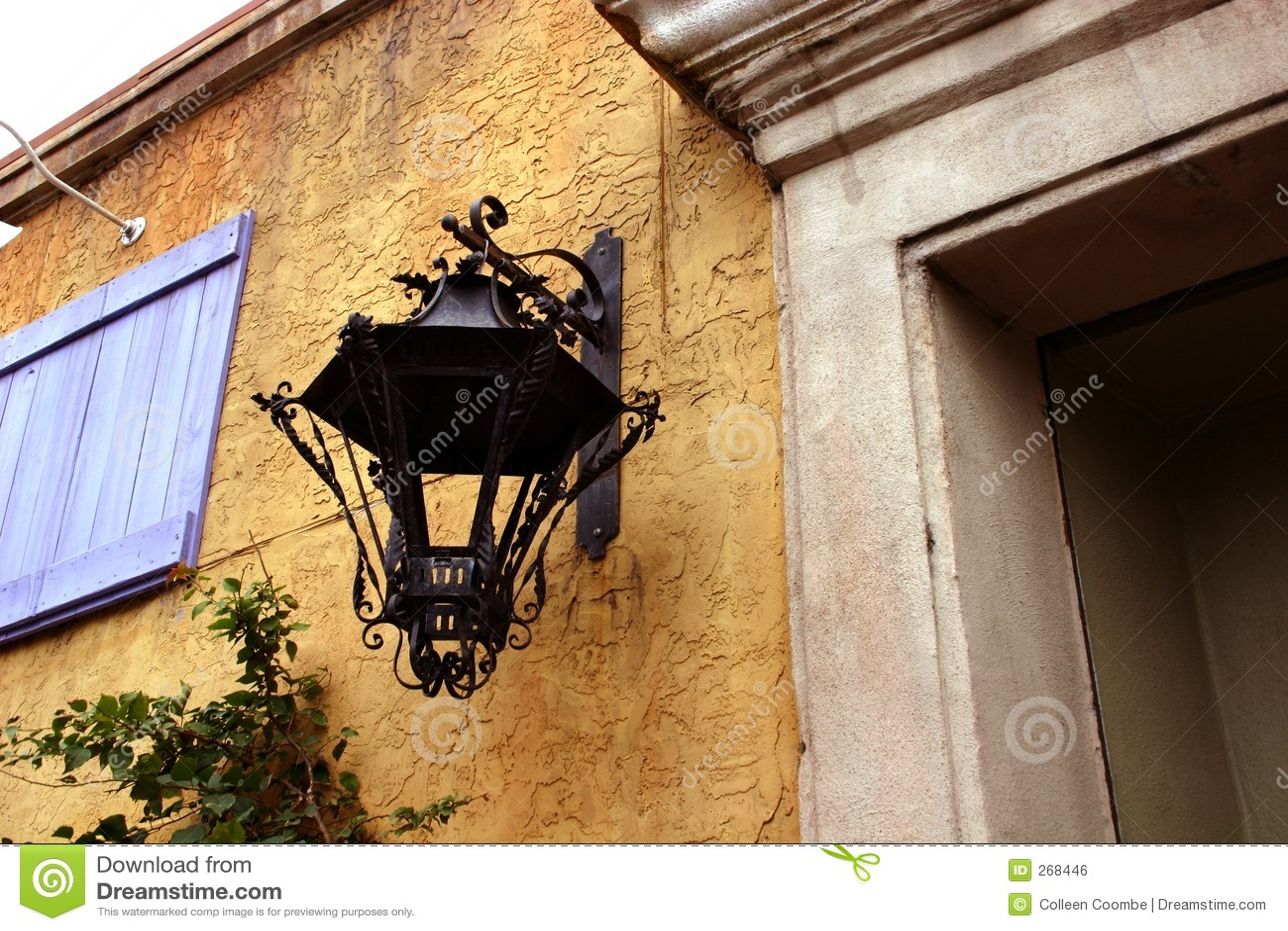 Wrought Iron Light Fixture Royalty Free Stock Image