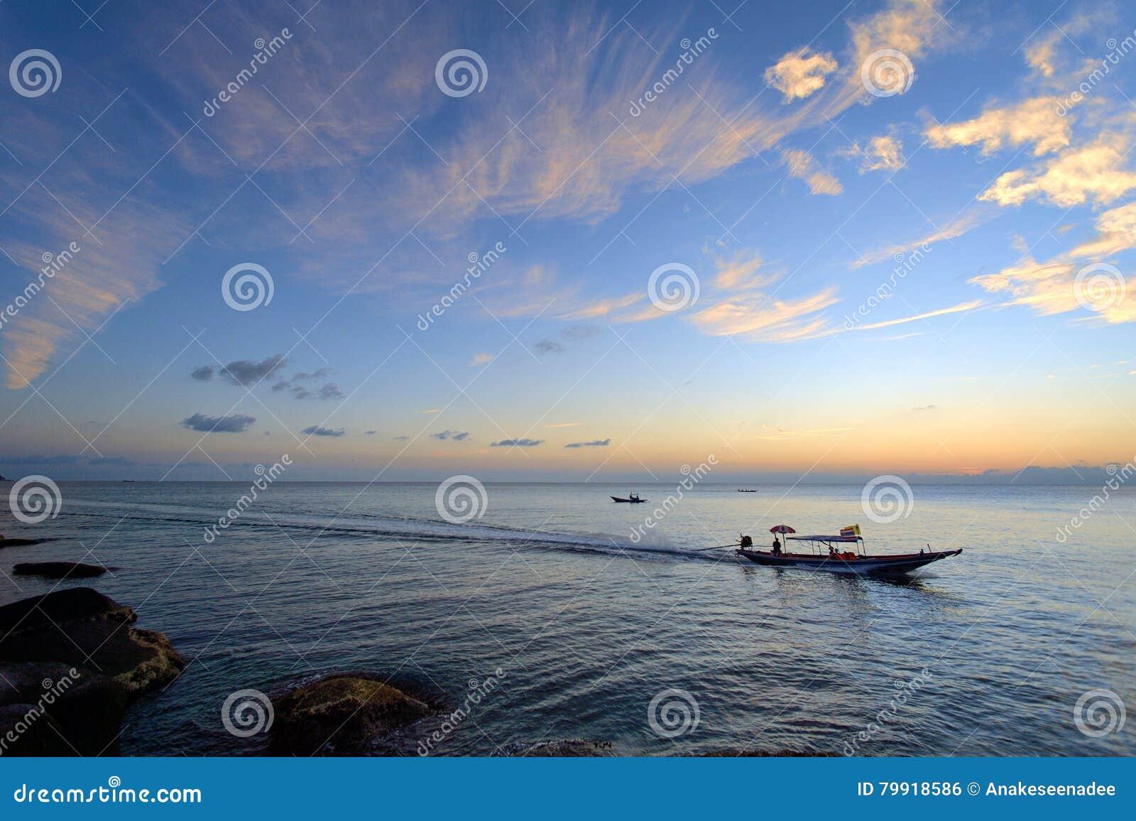 Wschodu słońca koh Tao