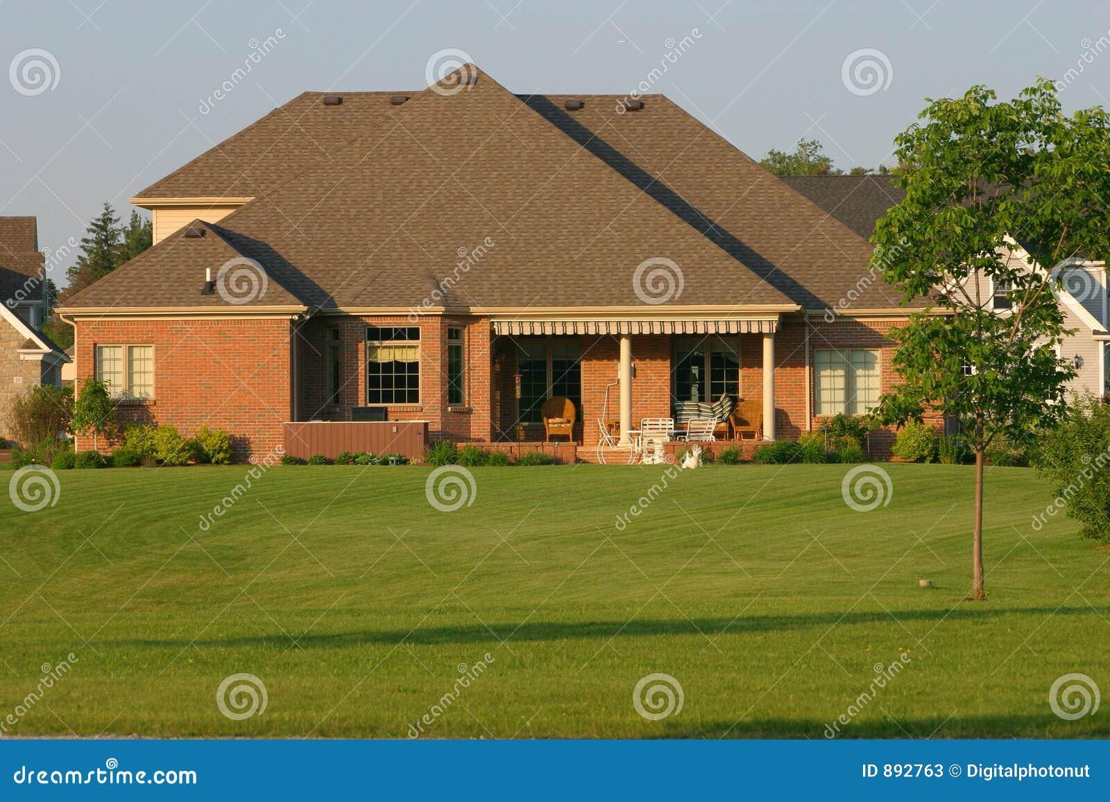 Wspaniały widok podwórko w domu