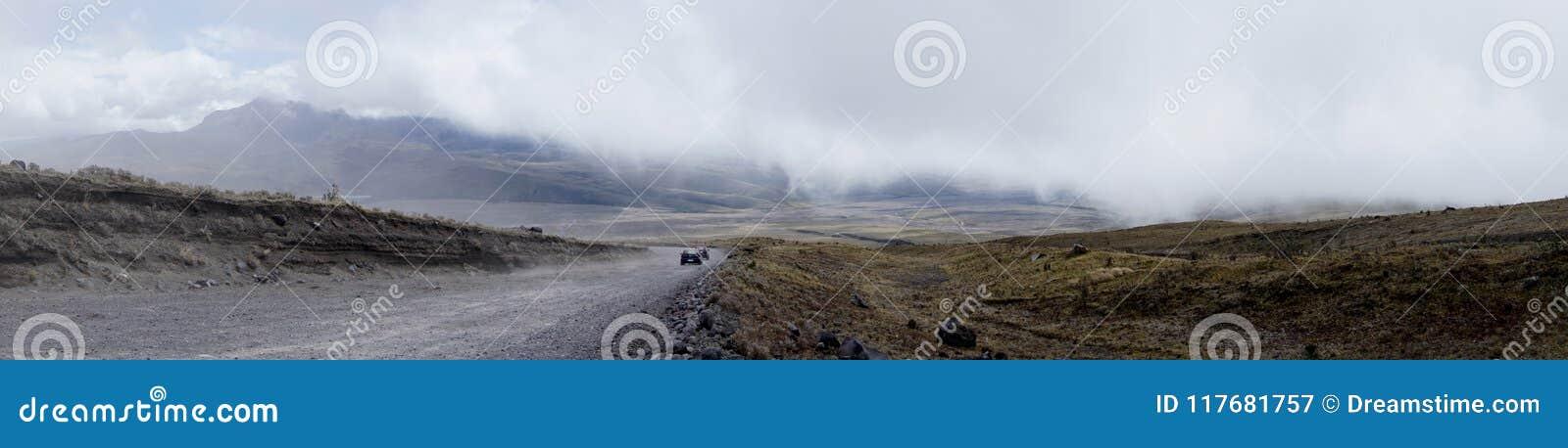 Wspaniały widok przy stopą Cotopaxi