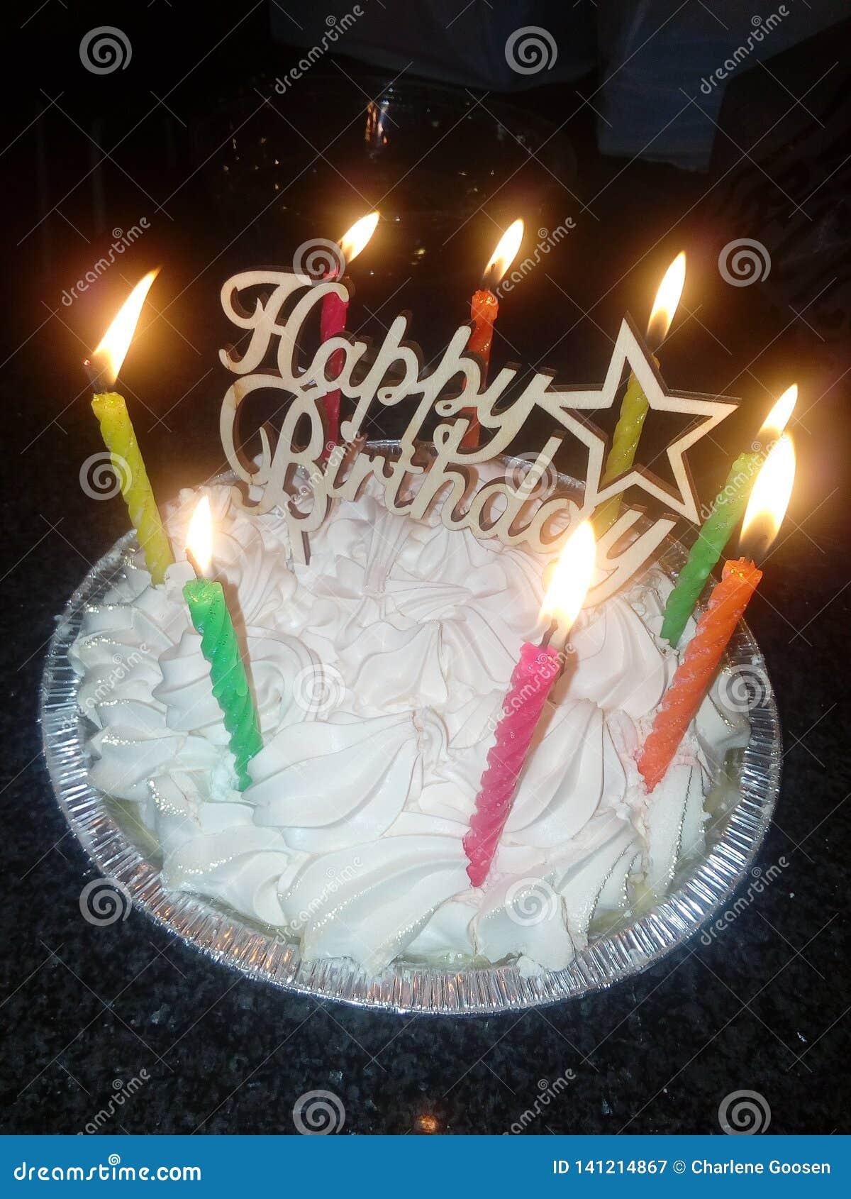 Wszystkiego najlepszego z okazji urodzin tarta