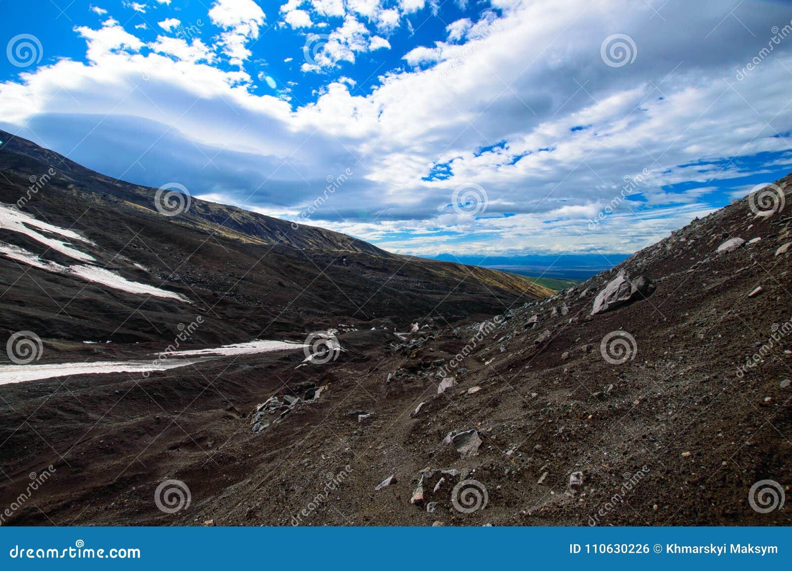 Wulkaniczna krajobrazu Avachinsky wulkan - aktywny wulkan półwysep kamczatka Rosja, Daleki Wschód