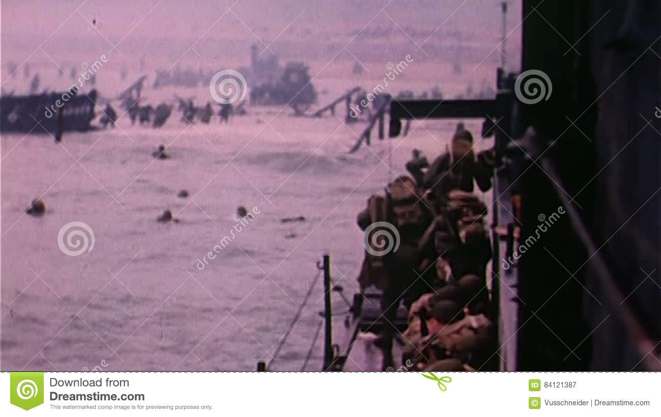 WWII Dday – Soldiers Are Transported To The Beach By Boats
