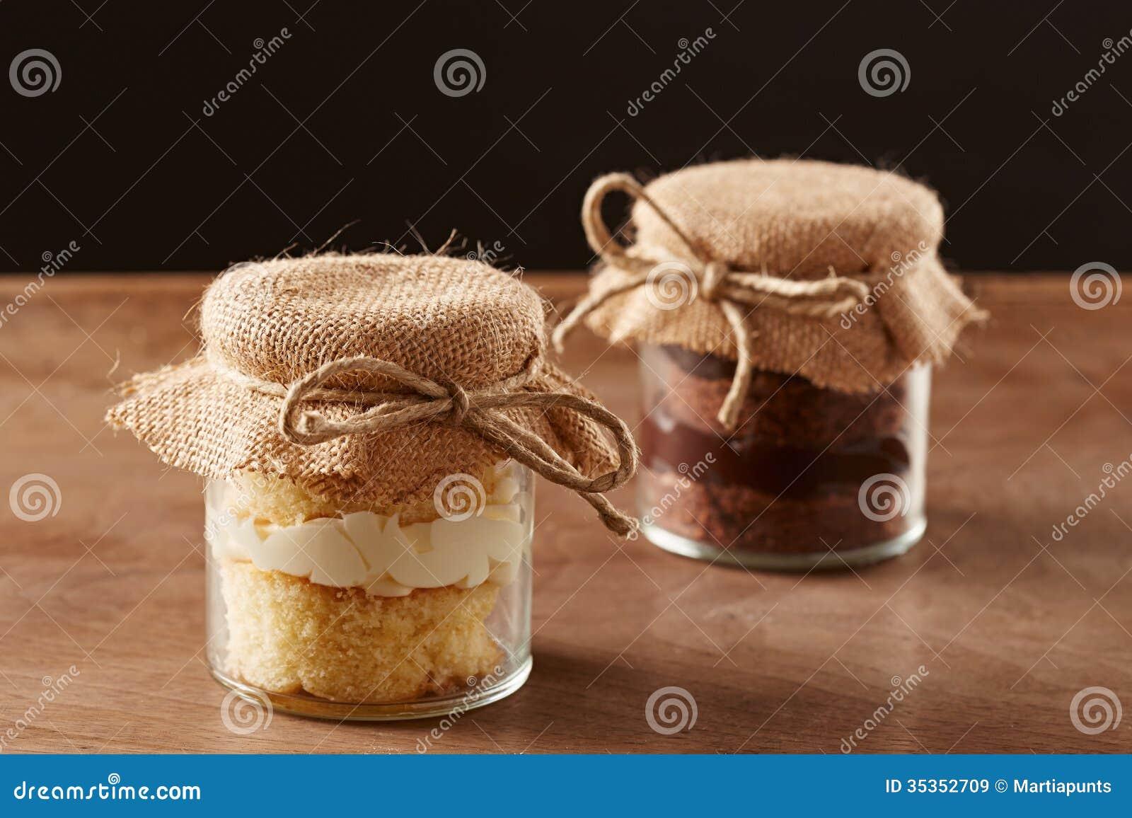 Wyśmienicie domowej roboty słojów torty