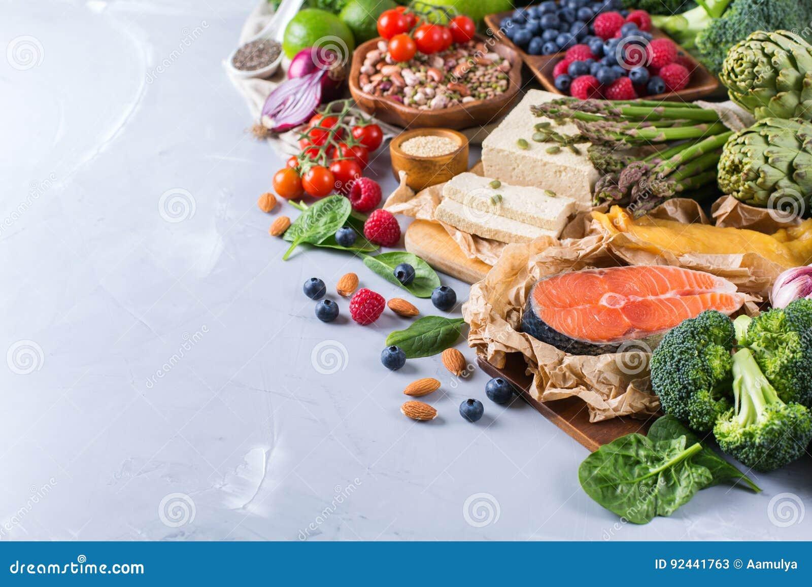 Wyboru asortyment zdrowy zrównoważony jedzenie dla serca, dieta