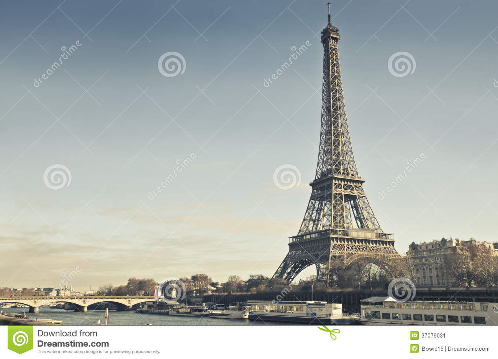 Download Wycieczka Turysyczna Eiffel Obraz Stock - Obraz złożonej z tour, eiffel: 37079031