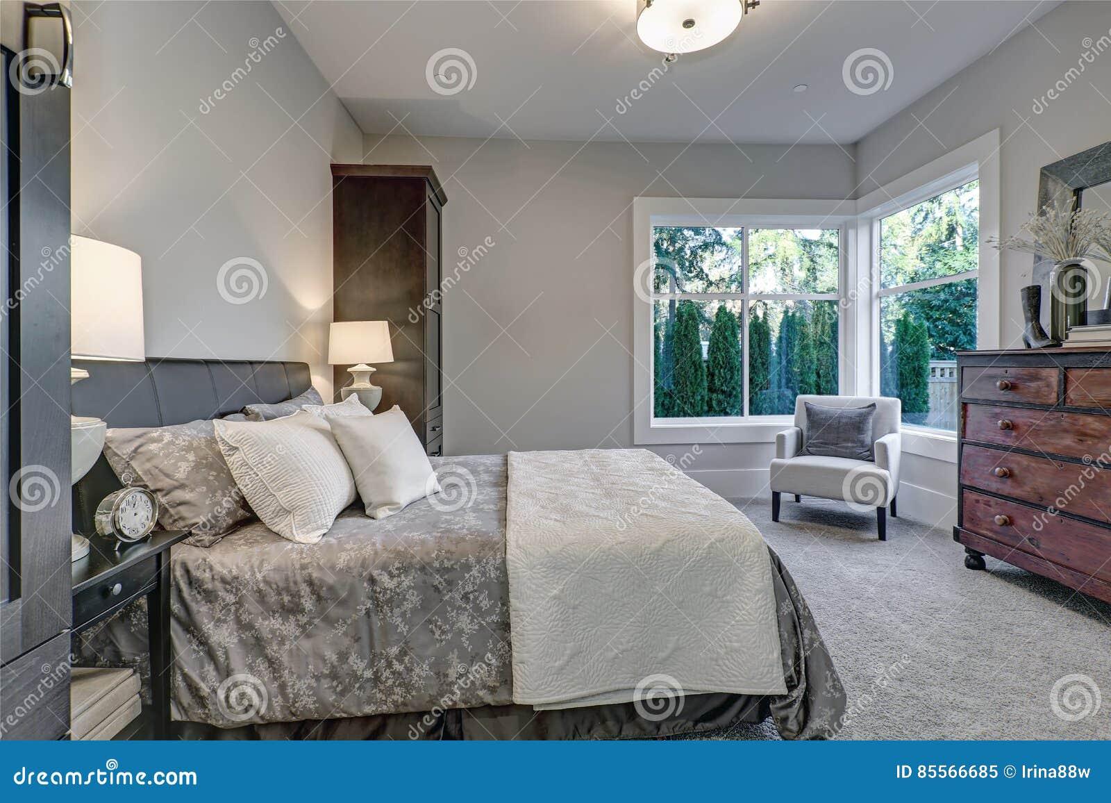 Wygodny Sypialni Wnętrze Uwypukla Miękkie Szare ściany Obraz