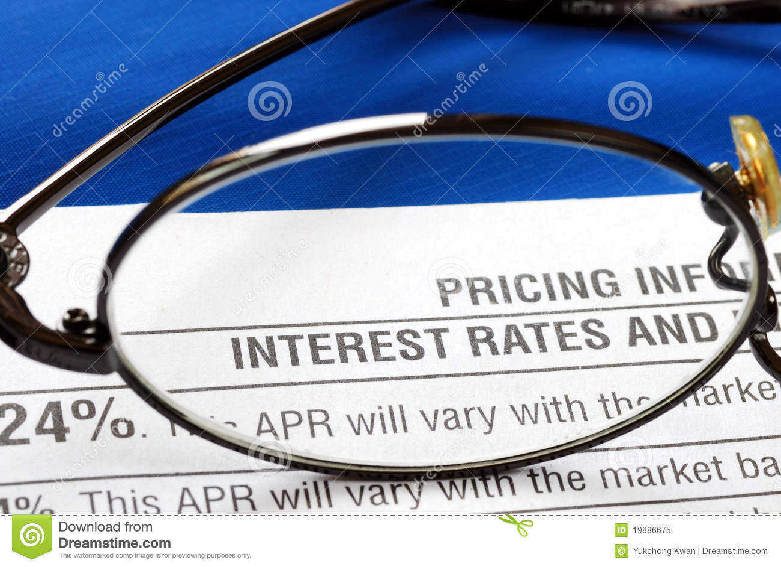 Wyjawienie karciana kredytowa stopa procentowa