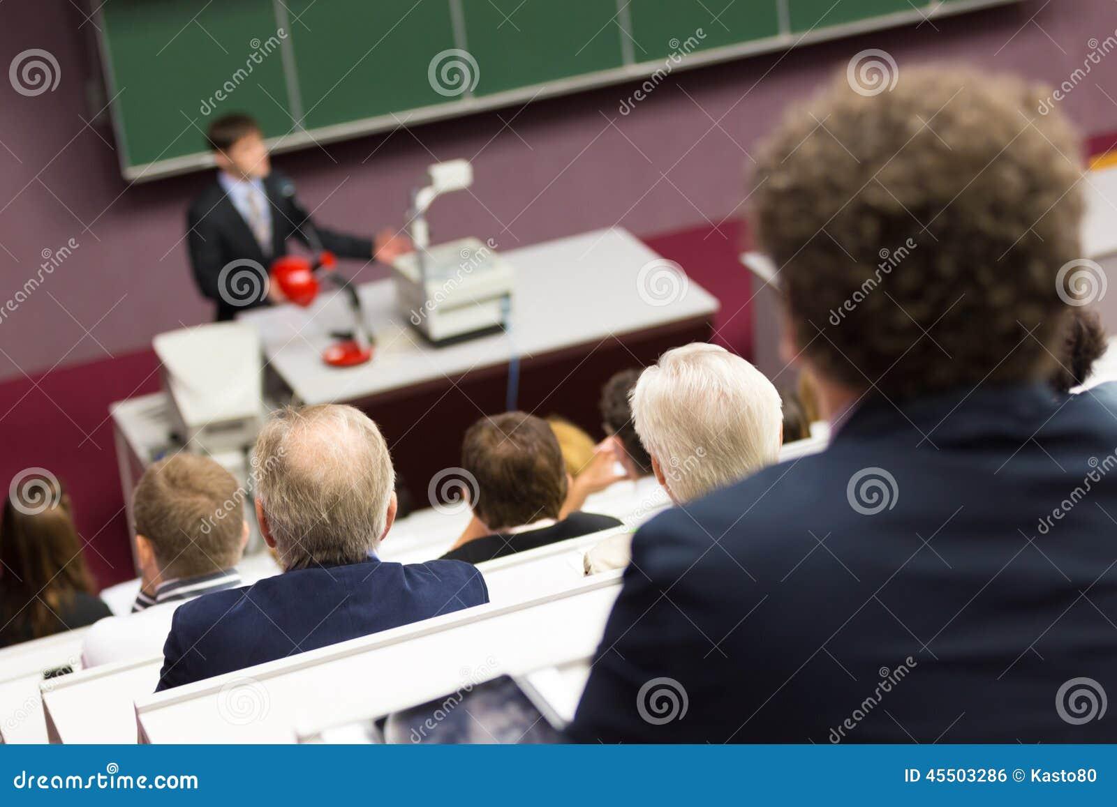 Wykład przy uniwersytetem