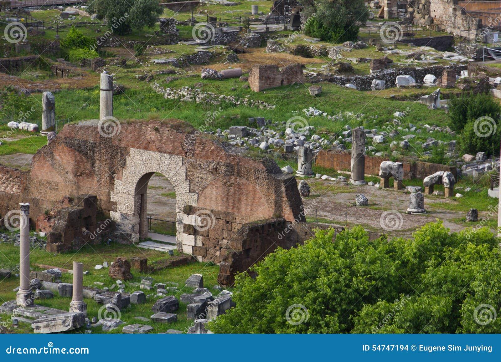 Wykopywane części antyczny Romański forum