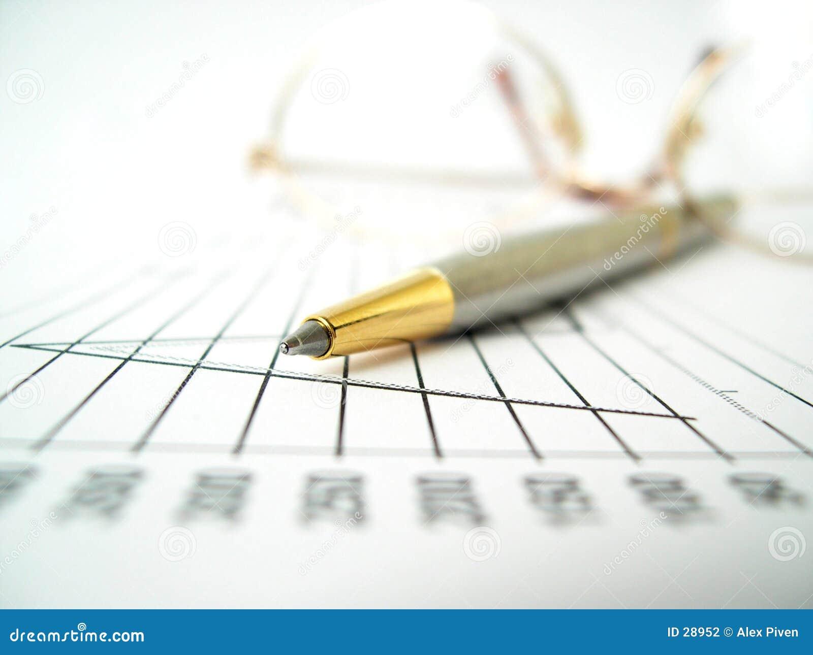 Download Wykresy akcesoria zdjęcie stock. Obraz złożonej z glassful - 28952