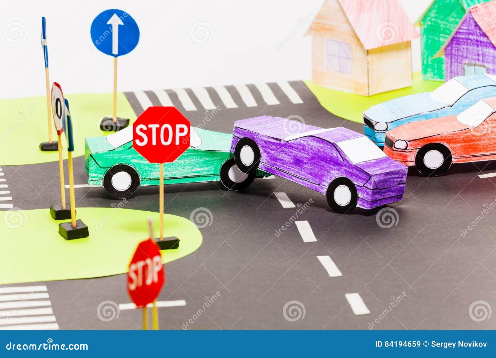 Wypadek drogowy na skrzyżowania przy zabawkarskim miastem